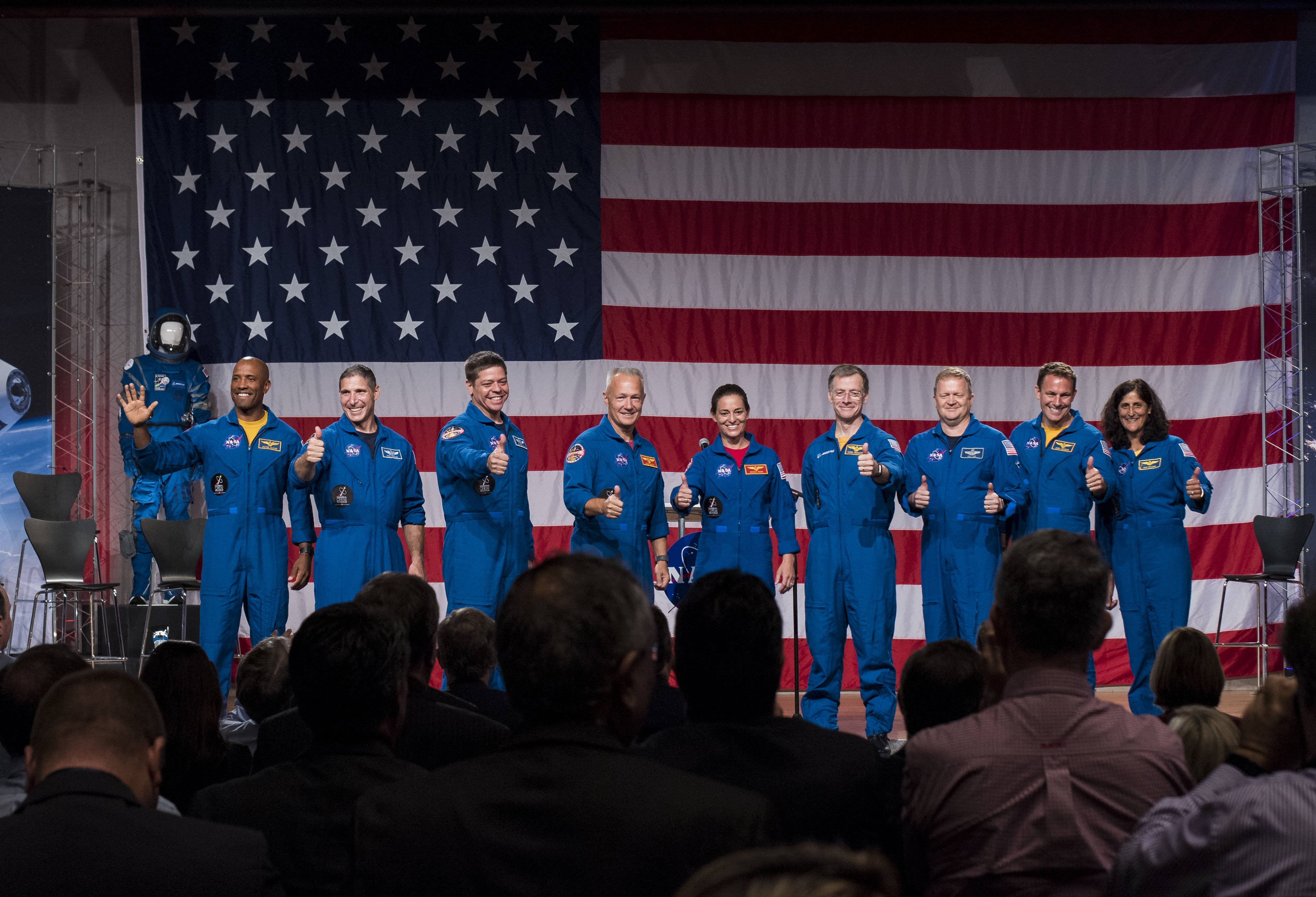 nasa begins america s new moon to mars exploration approach in 2018