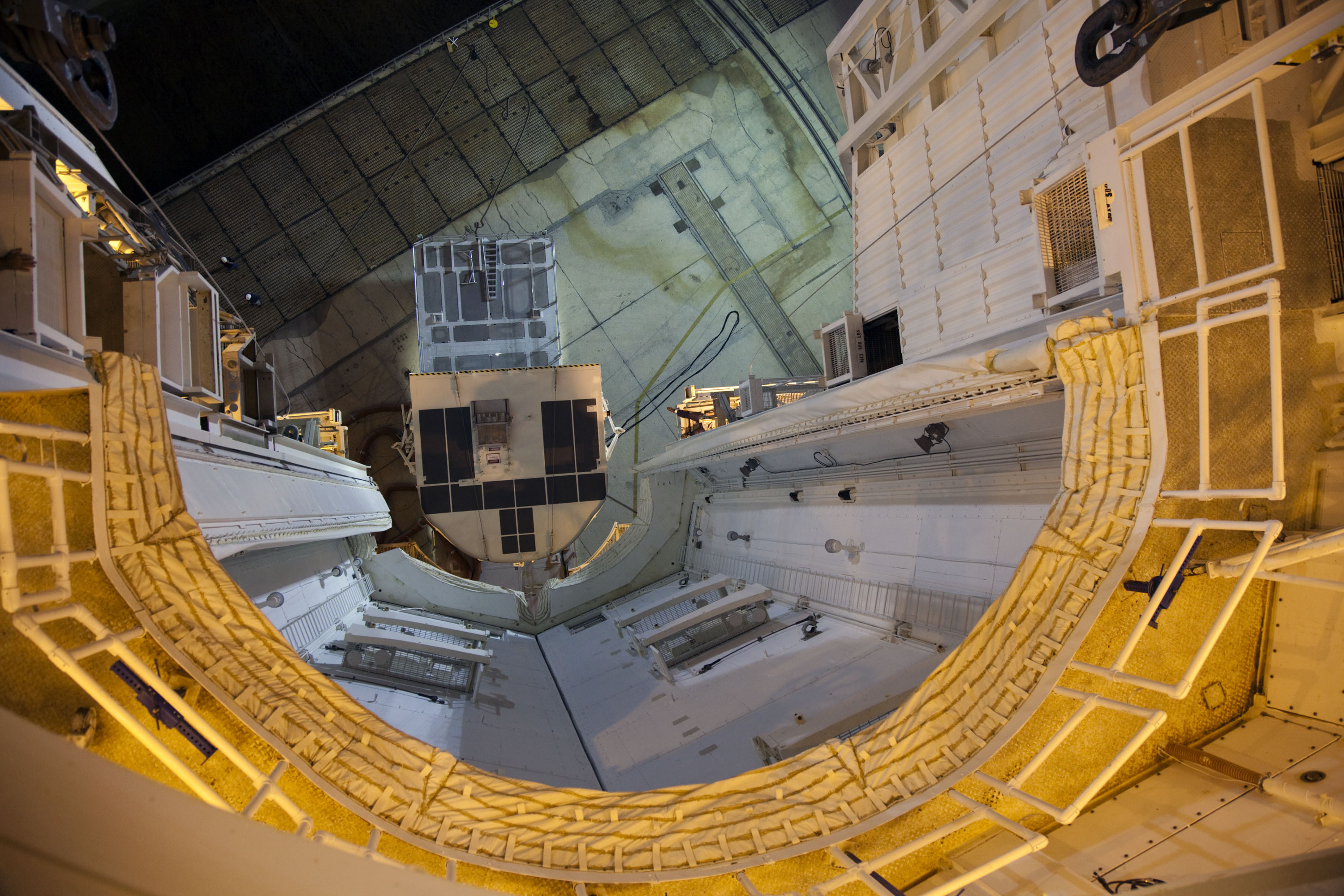 future space station inside - photo #7