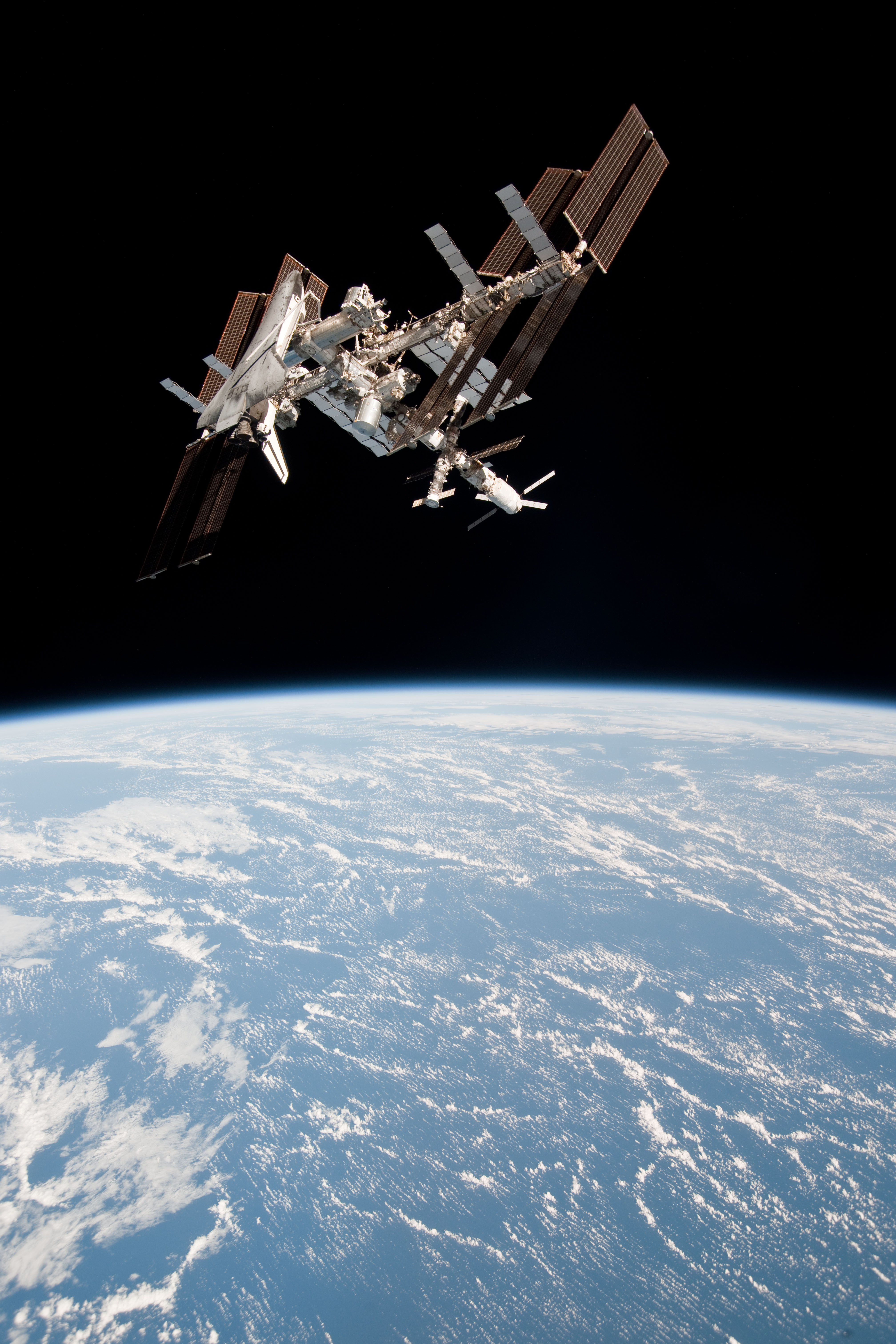 space station live feed - HD 2000×2105