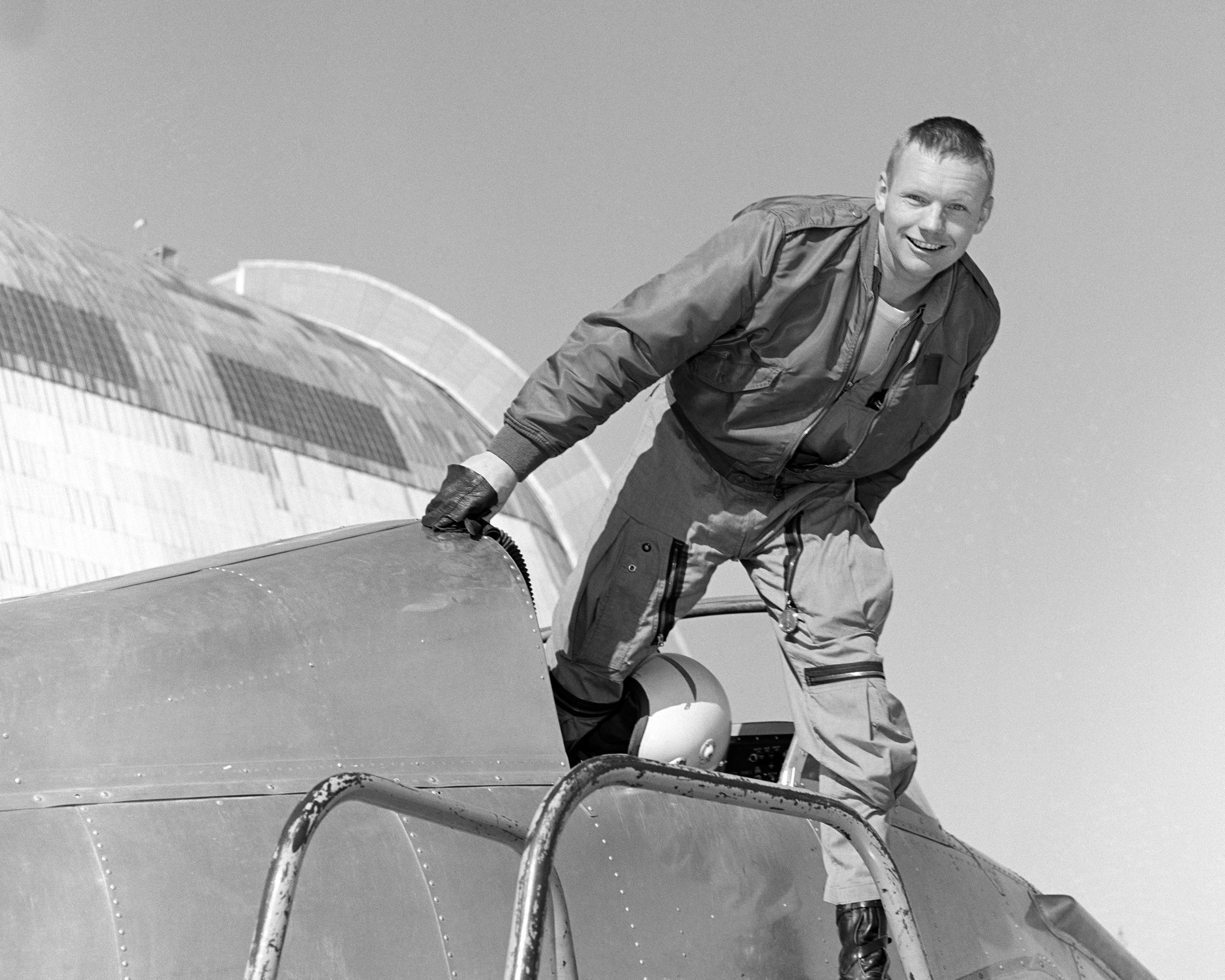 Biography of Neil Armstrong | NASA