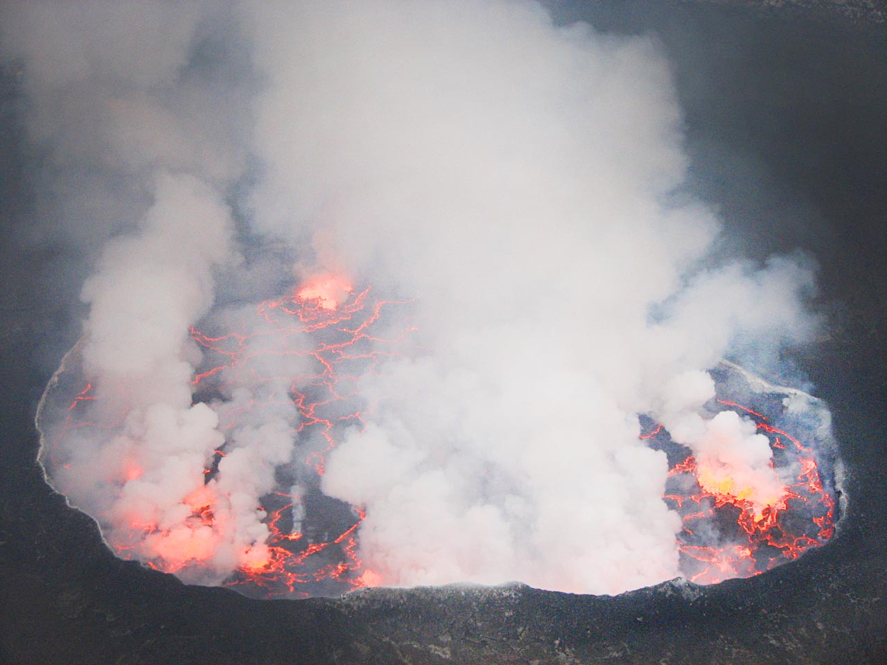 First Global Maps Of Volcanic Emissions Use NASA Satellite Data NASA - 14 amazing volcanic eruptions pictured space