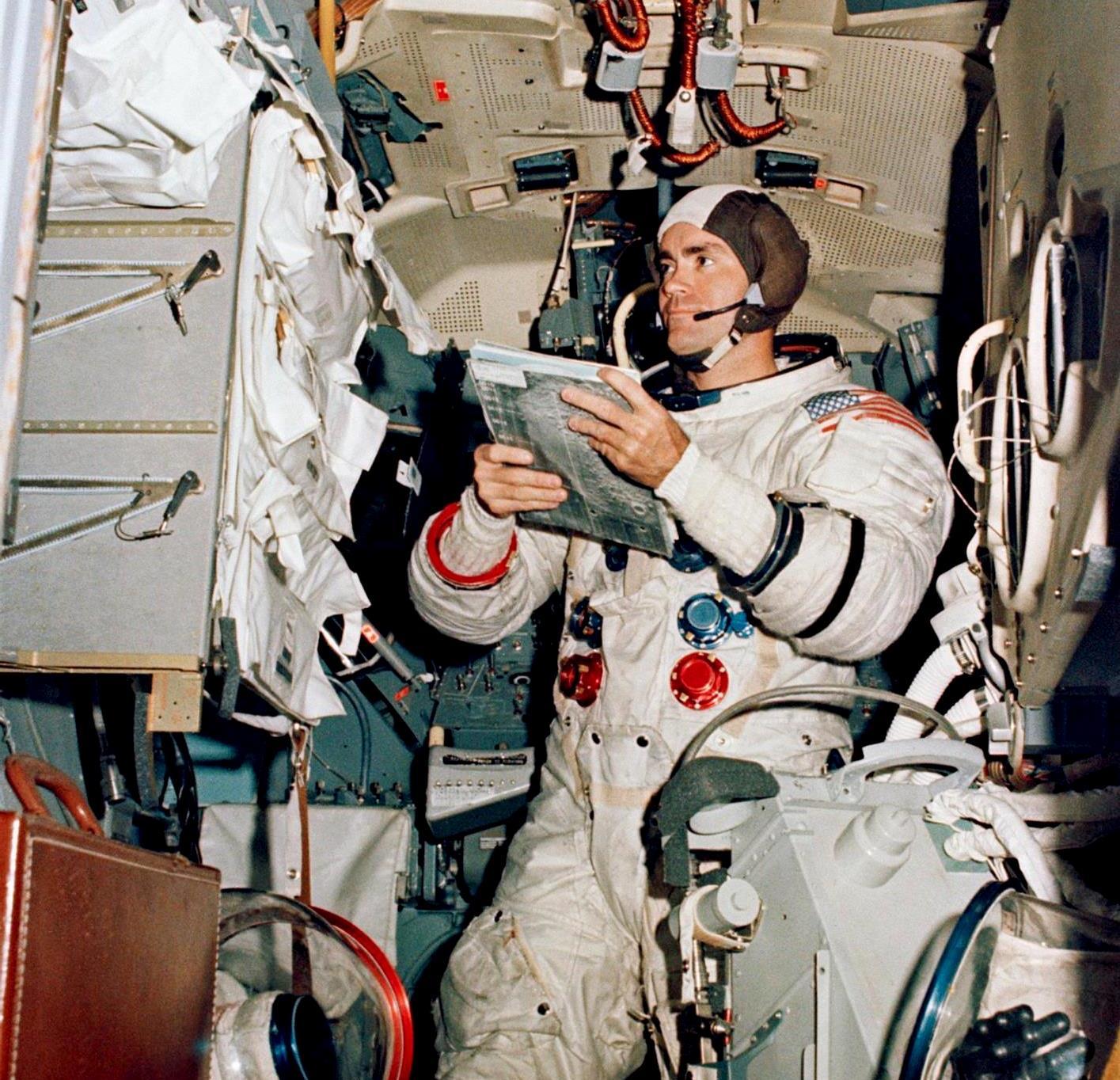 astronauts apollo 13 - 1000×964