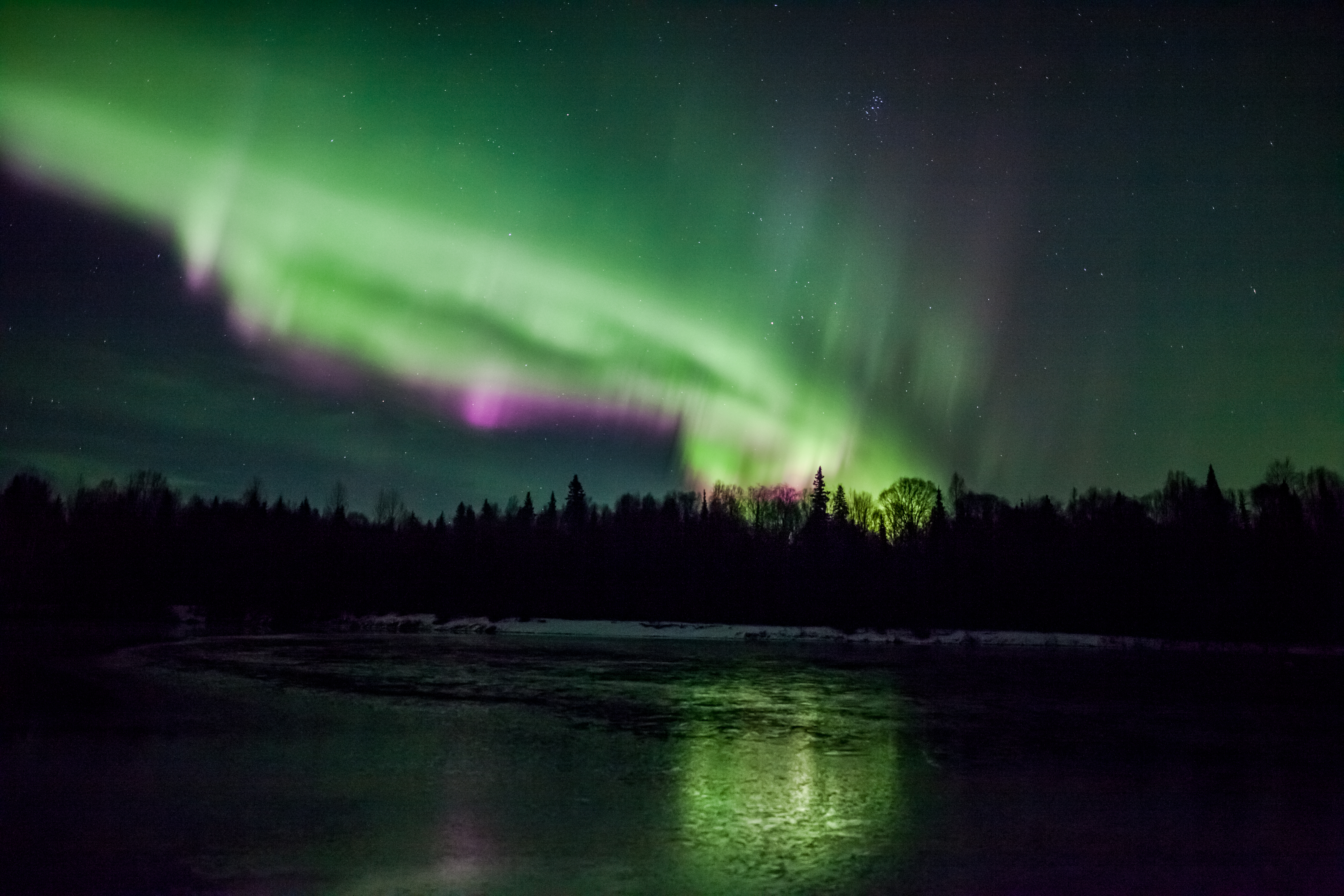 Auroras Move to Rhythms of Earth's Magnetic Field | NASA