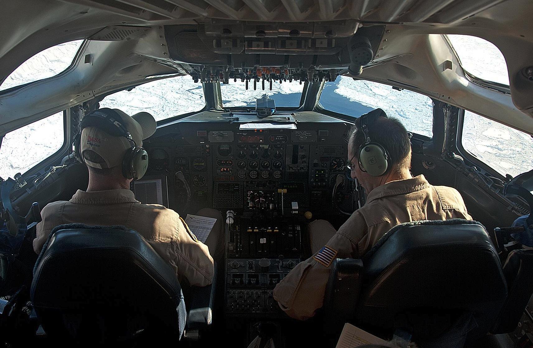 NASA Armstrong Fact Sheet: DC-8 Airborne Science Laboratory | NASA