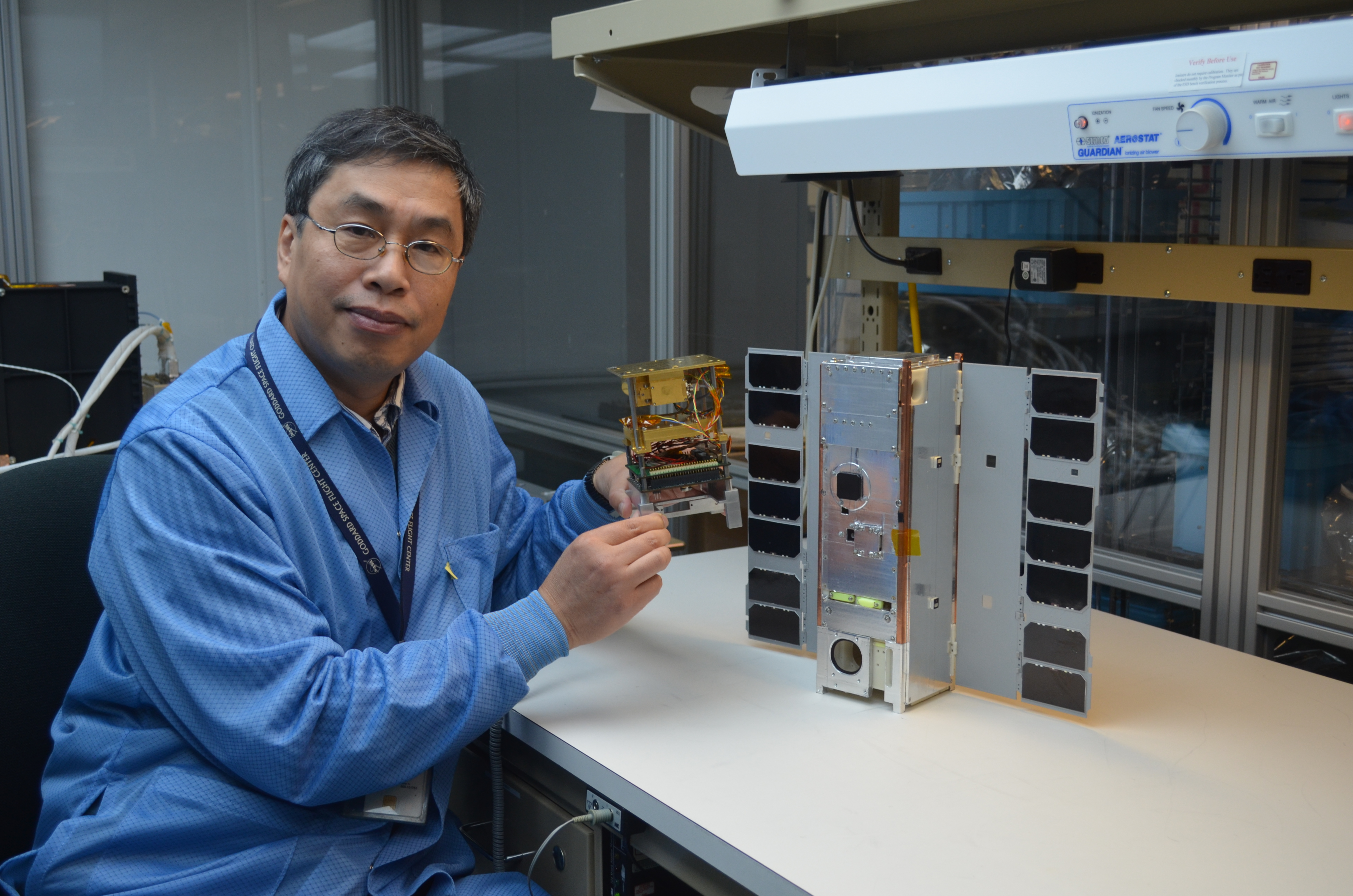 Nasas Small Spacecraft Makes 1st 883 Gigahertz Global Ice Cloud Map Commercial Machine Wiring Icecube Principal Investigator Dong Wu