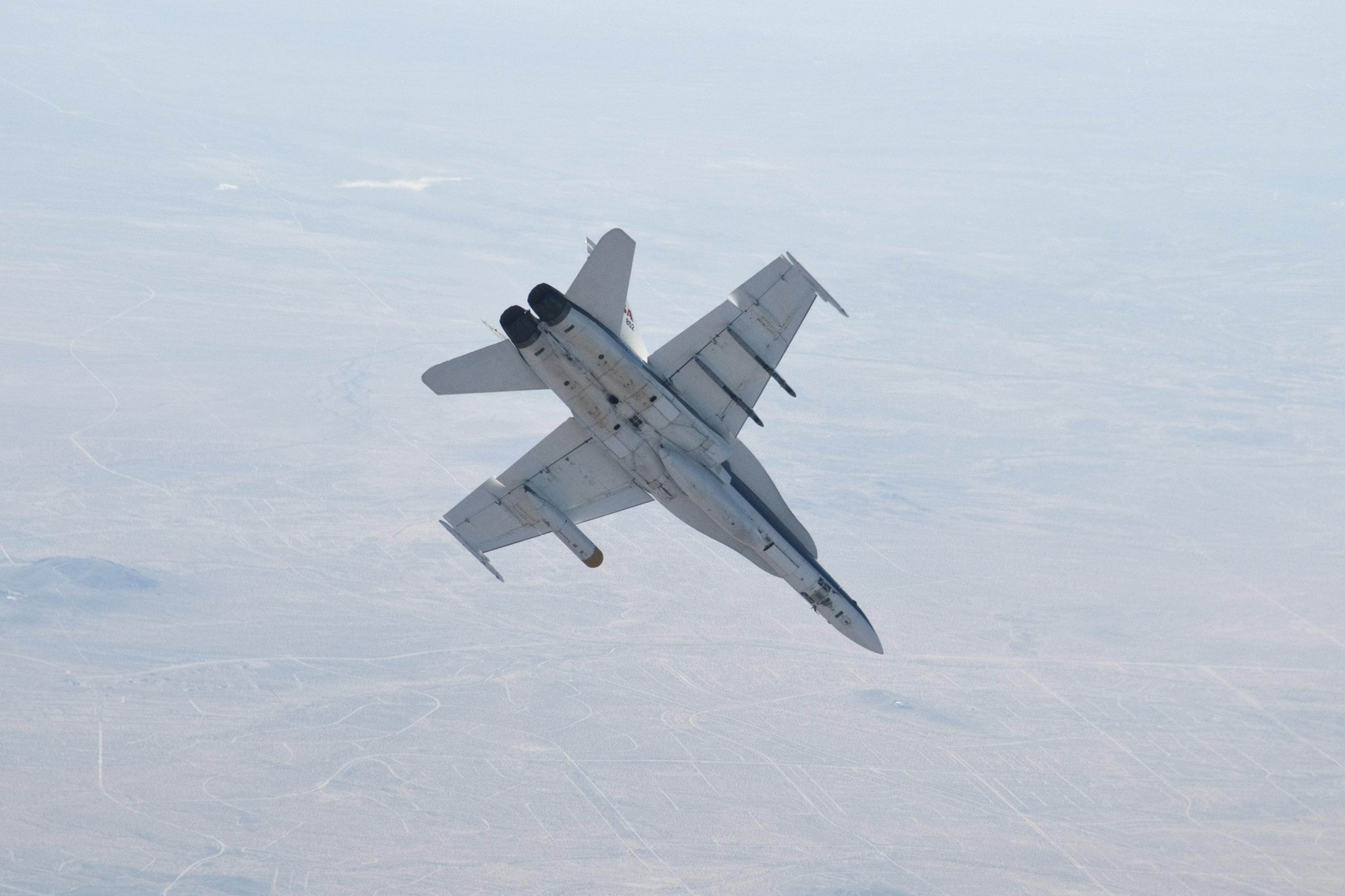 NASA - F-18 Performance / Specifications | NASA