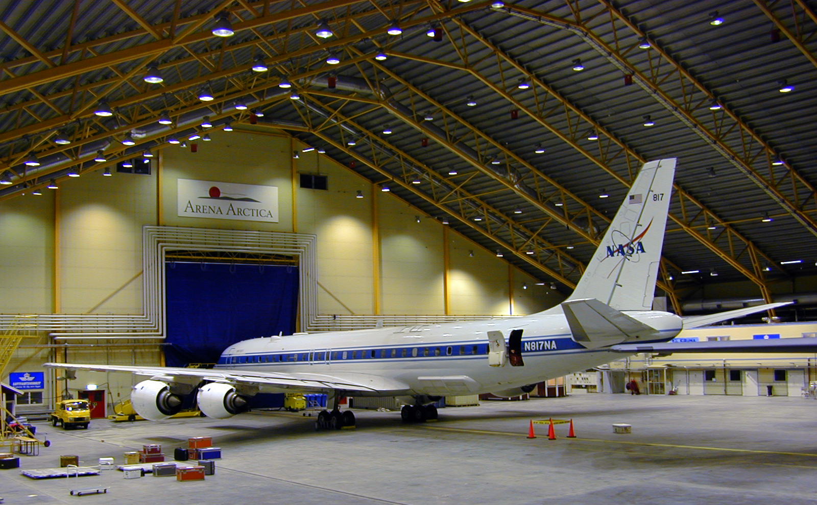 a nasa aircraft in hangar - photo #2