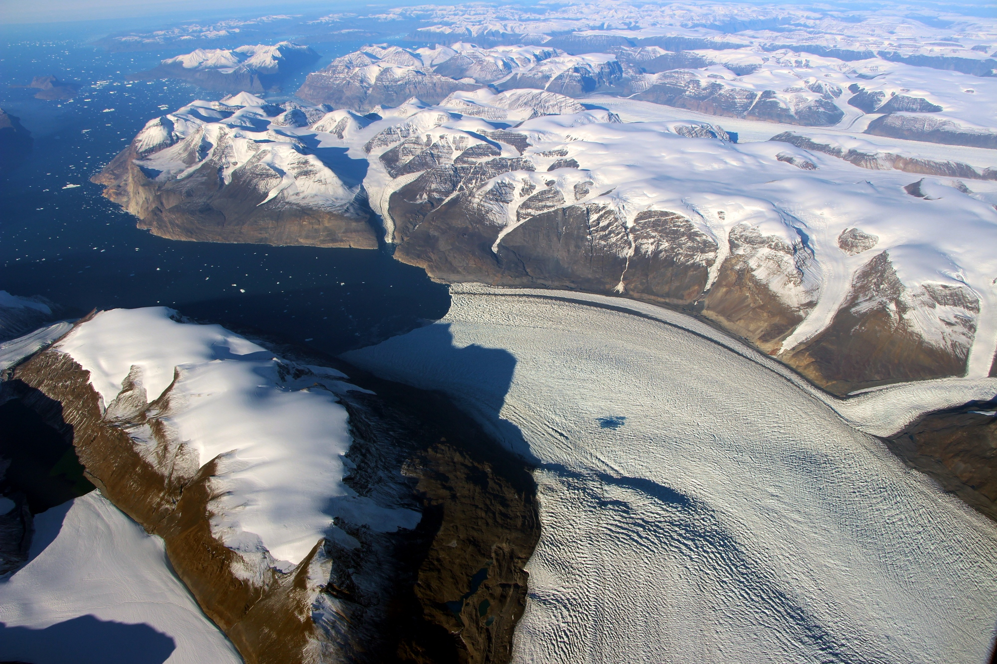 Image: NASA Finds What a Glacier's Slope Reveals About Greenland Ice Sheet Thinning