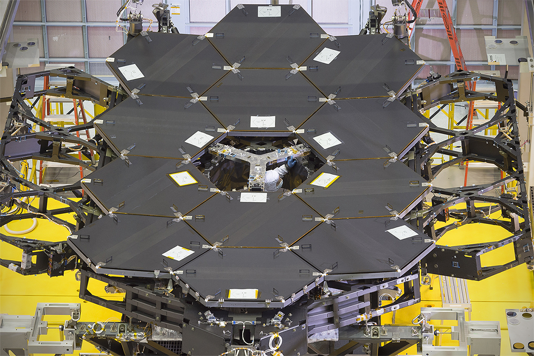 By The Dozen Nasa S James Webb Space Telescope Mirrors Nasa
