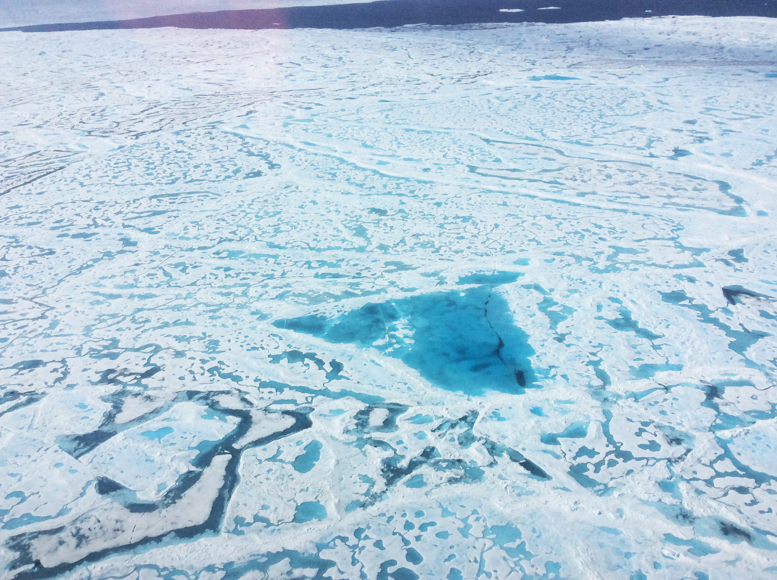 how melting of arctic sea ice See for yourself: how arctic ice is disappearing since satellites began regularly measuring arctic sea ice in 1979, it has declined sharply in extent and thickness.