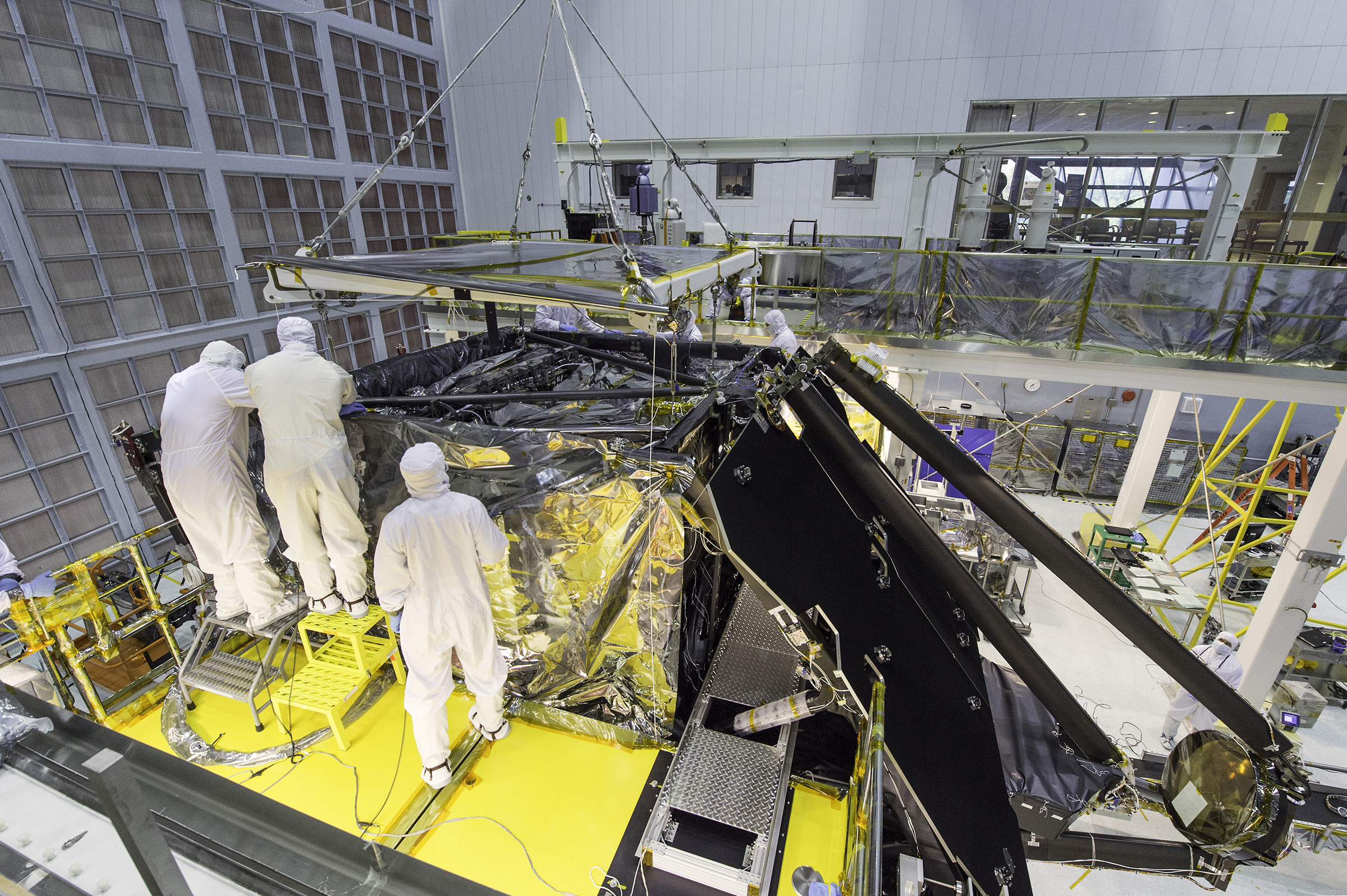 Goddard Clean Room With The Jwst Telescope In It