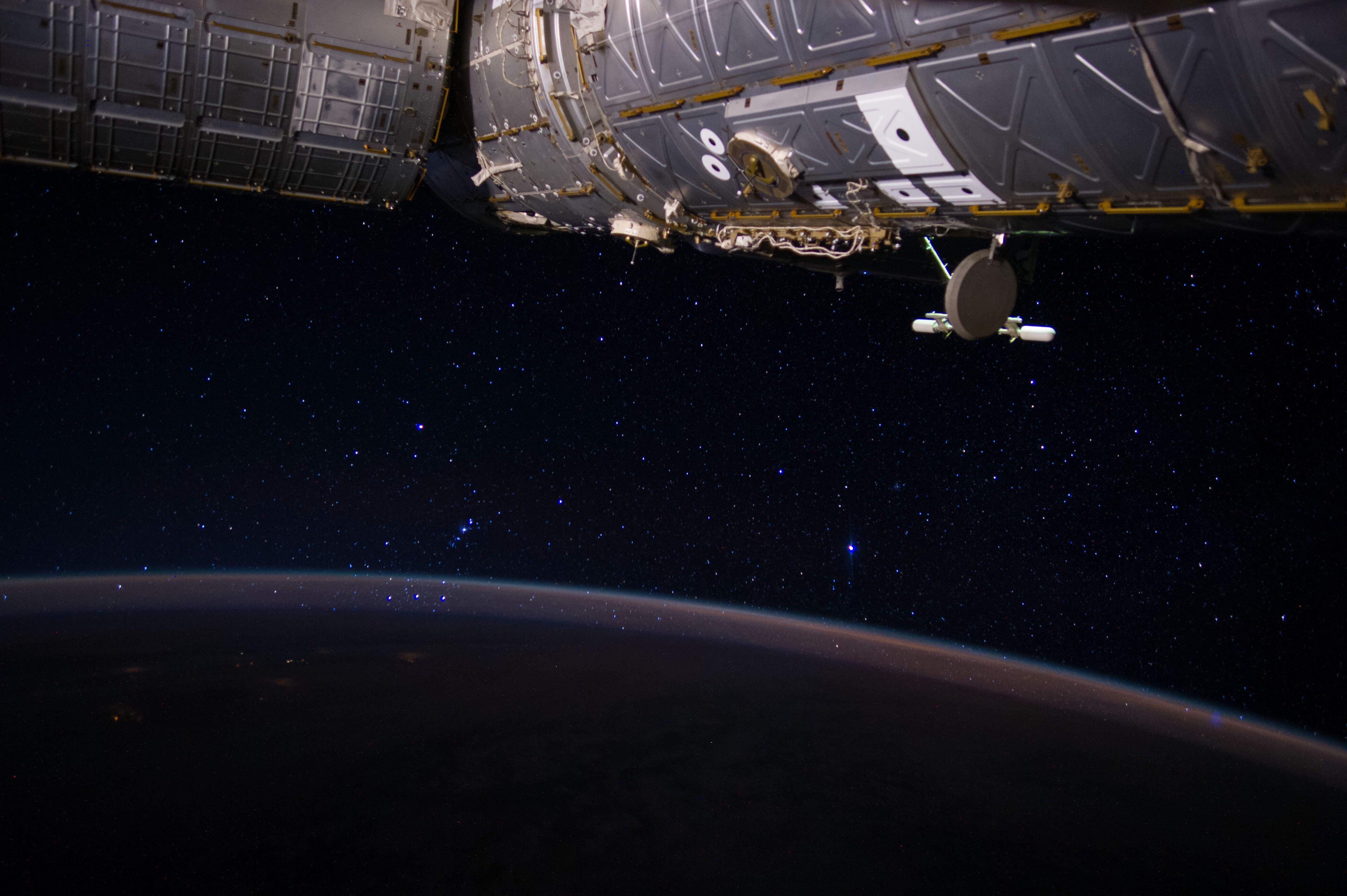 Orion's Belt Rises Through the Atmosphere | NASA