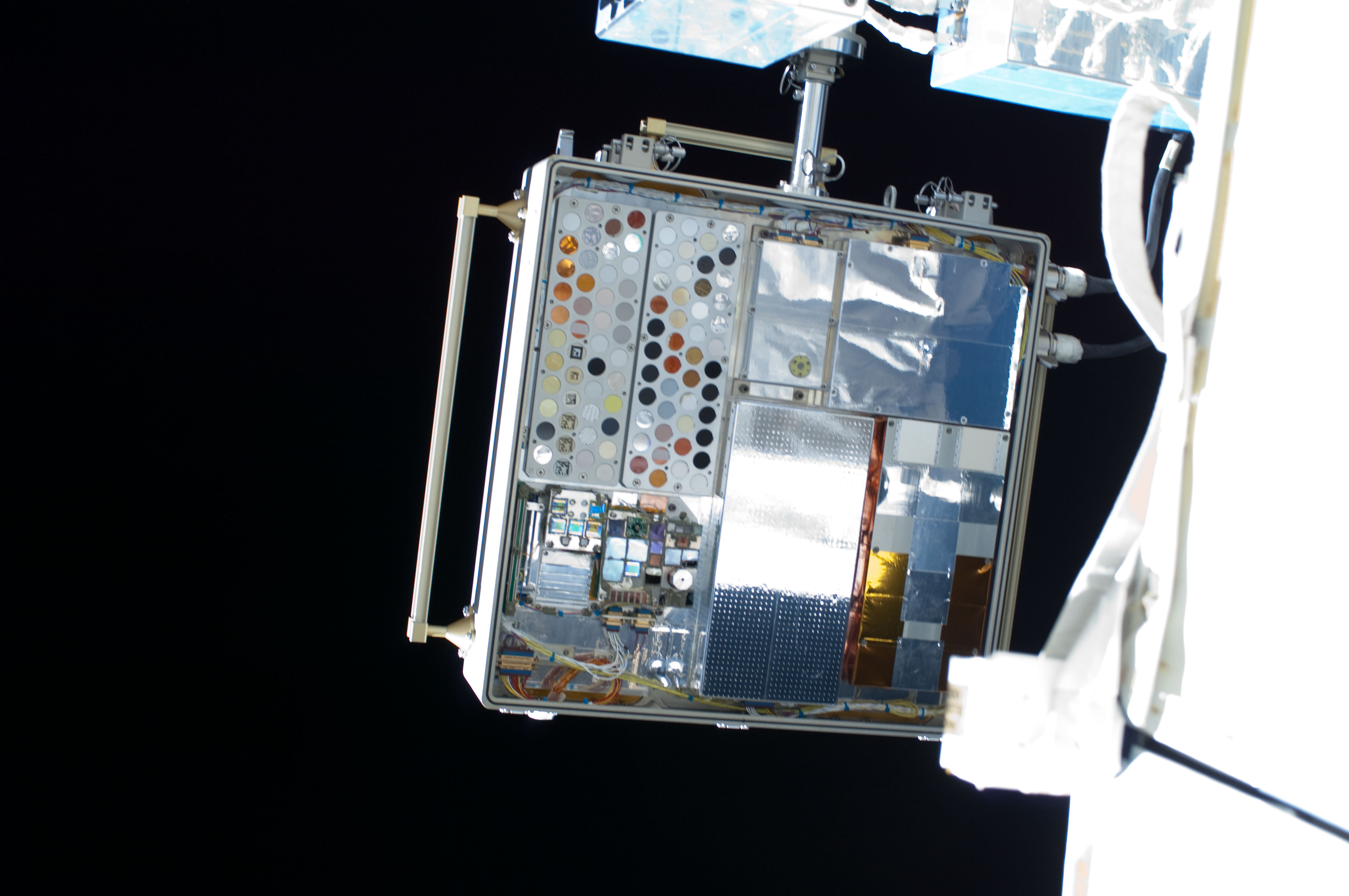 iss028e016106jpg International Space Station Updates Page
