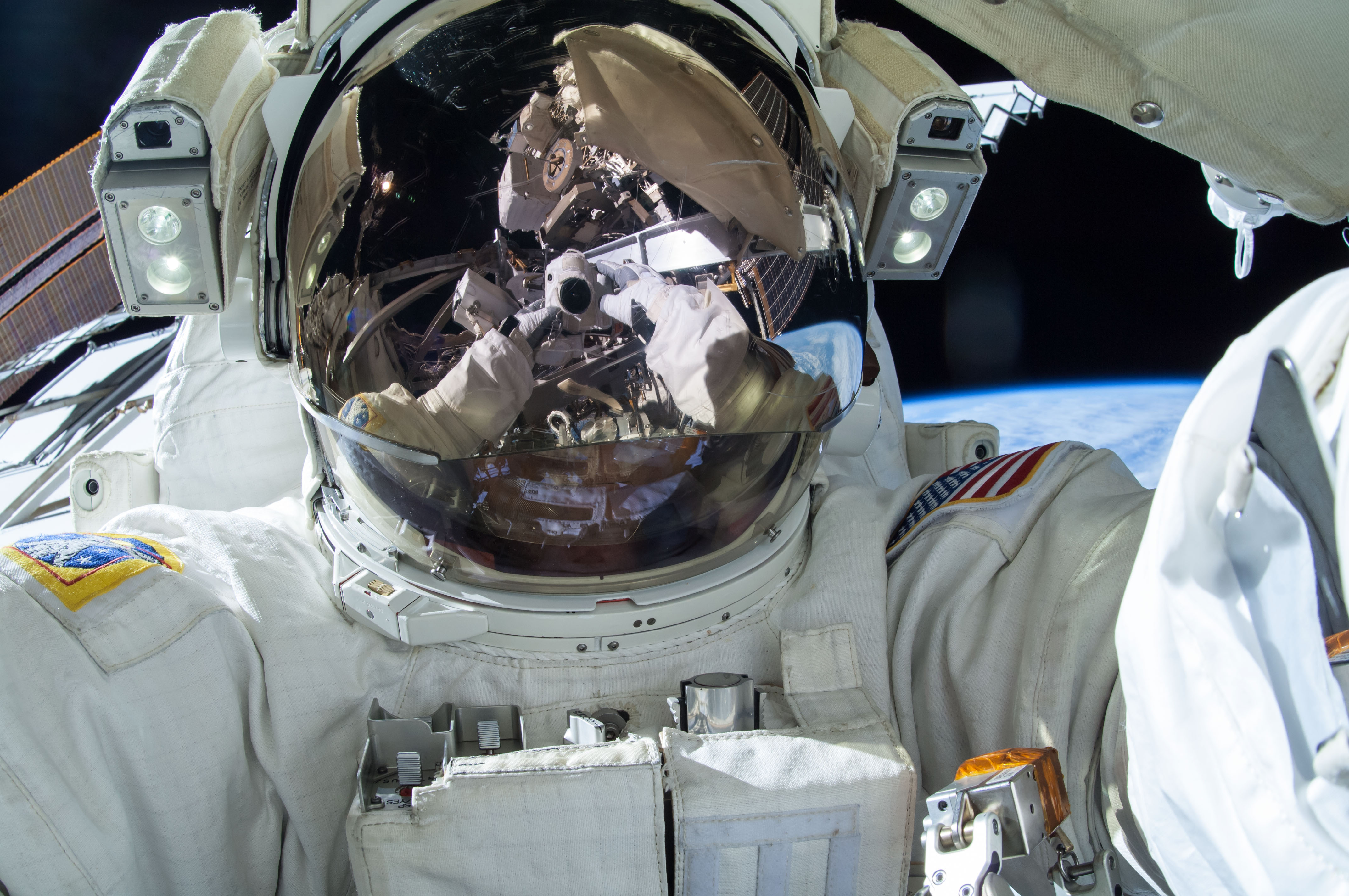 astronaut to space - photo #28
