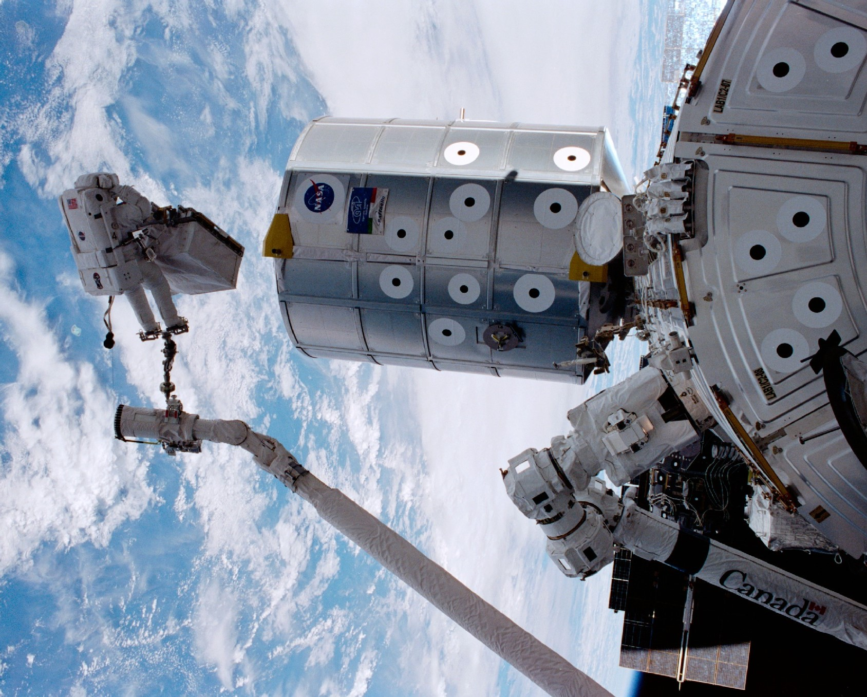 STS-100 Brings Canadian Robotic Arm to the House Station