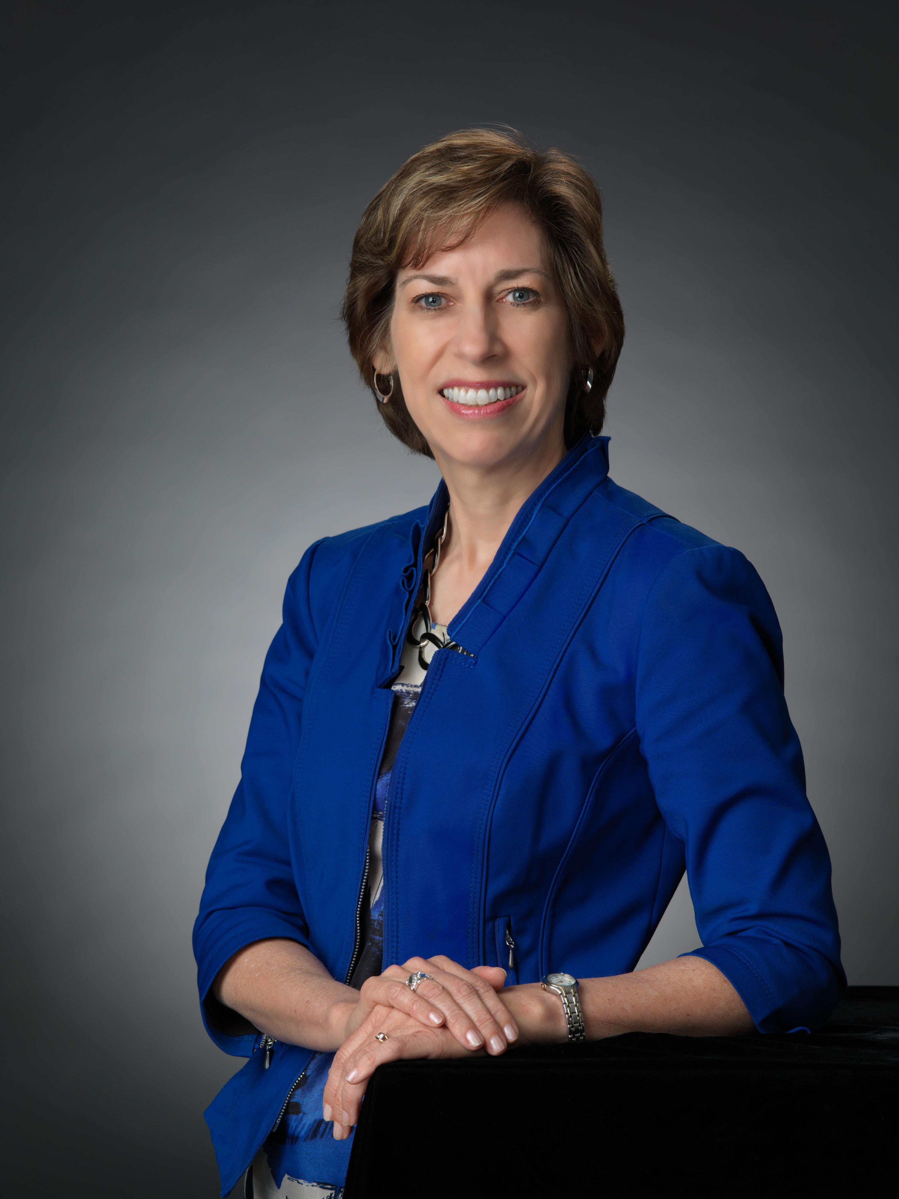 Nasa federal credit union security center - Director Of Nasa S Johnson Space Center Dr Ellen Ochoa