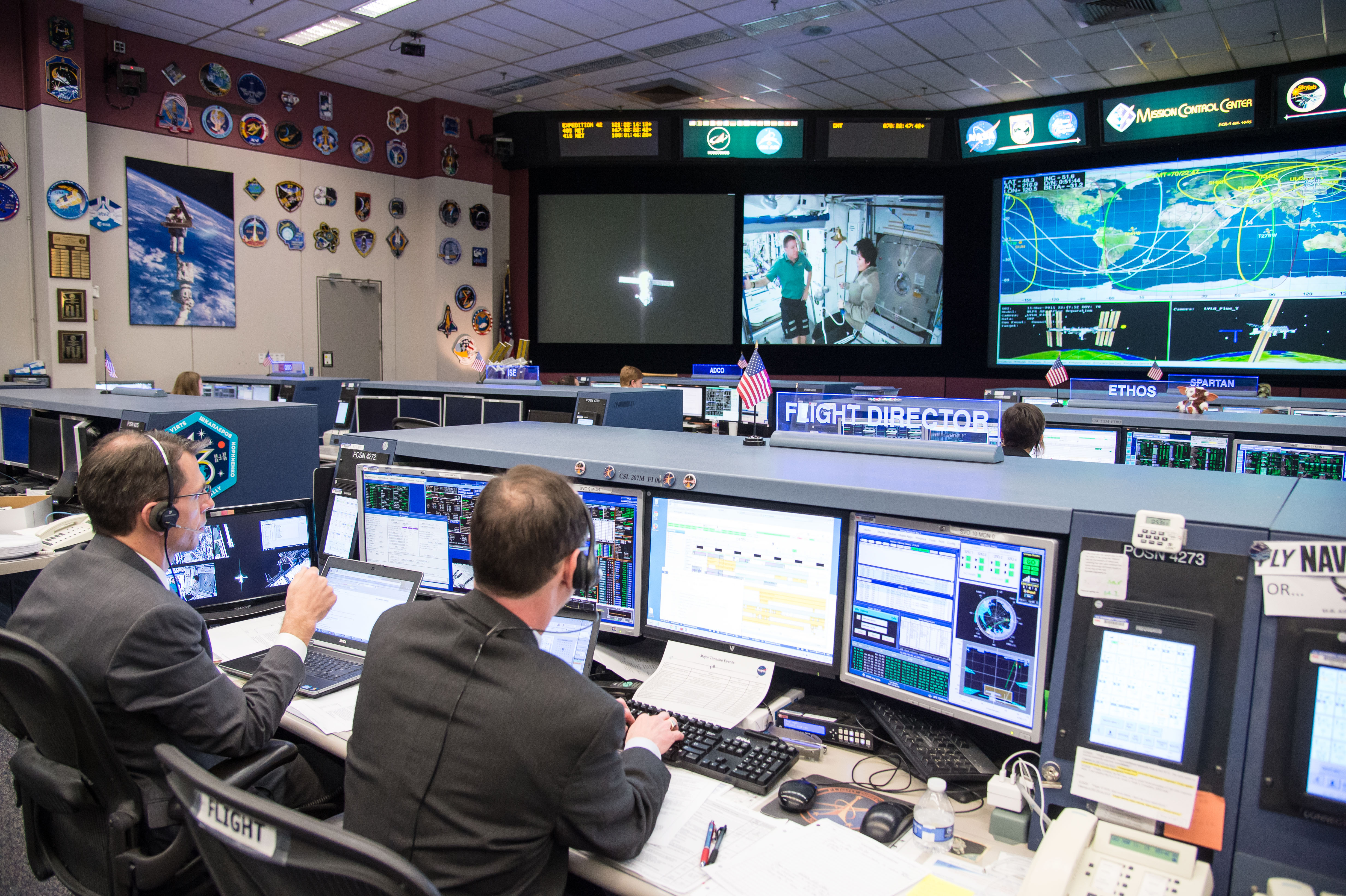Flight Controllers During The Undocking Of Expedition 42