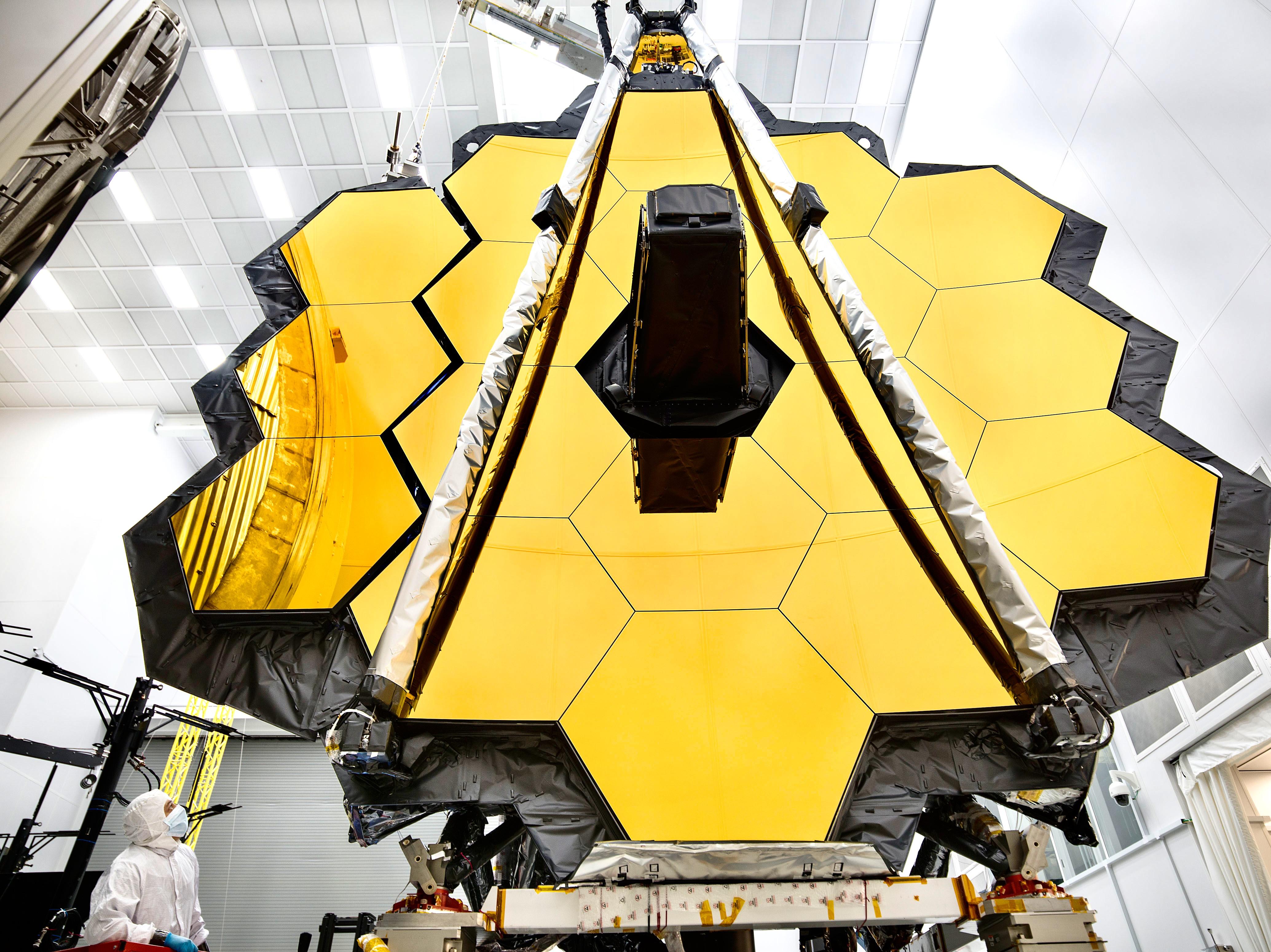 James Webb Space Telescope Arrives at Johnson Space Center ...