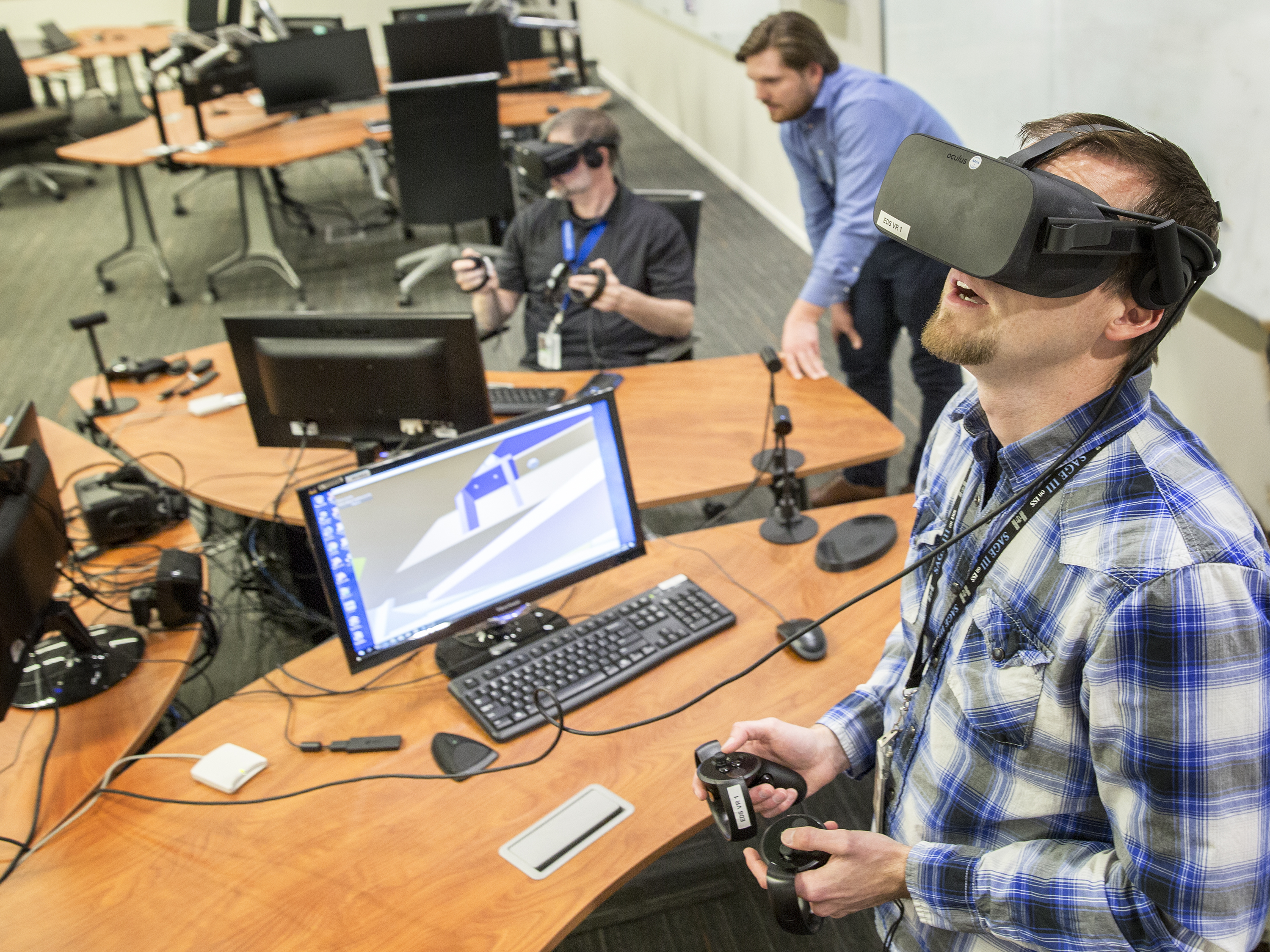adda13ab912 Engineers try out virtual reality design software in NASA Langley s  Engineering Design Studio.