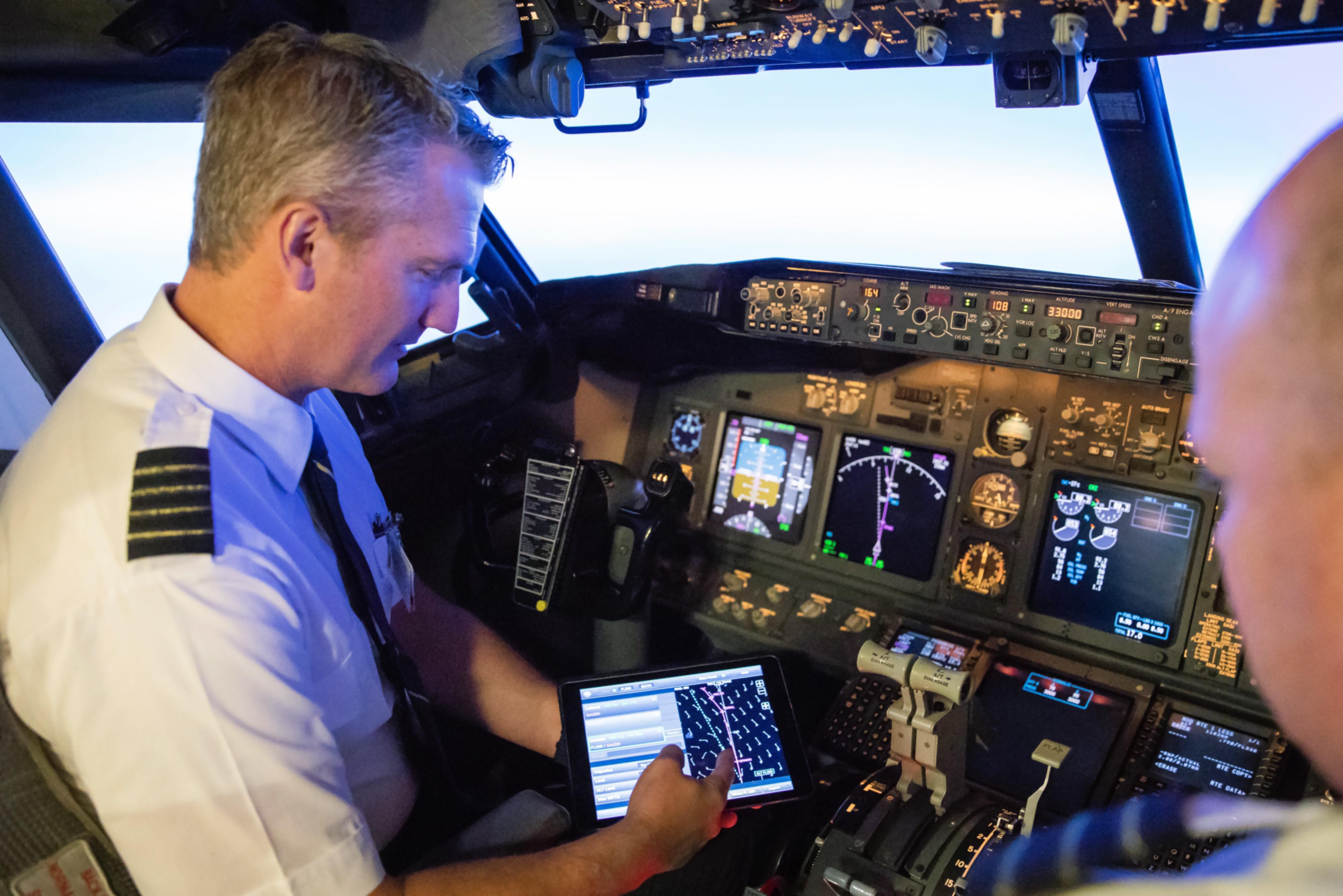 NASA and Alaska Airlines Test Software that Saves Time, Fuel   NASA