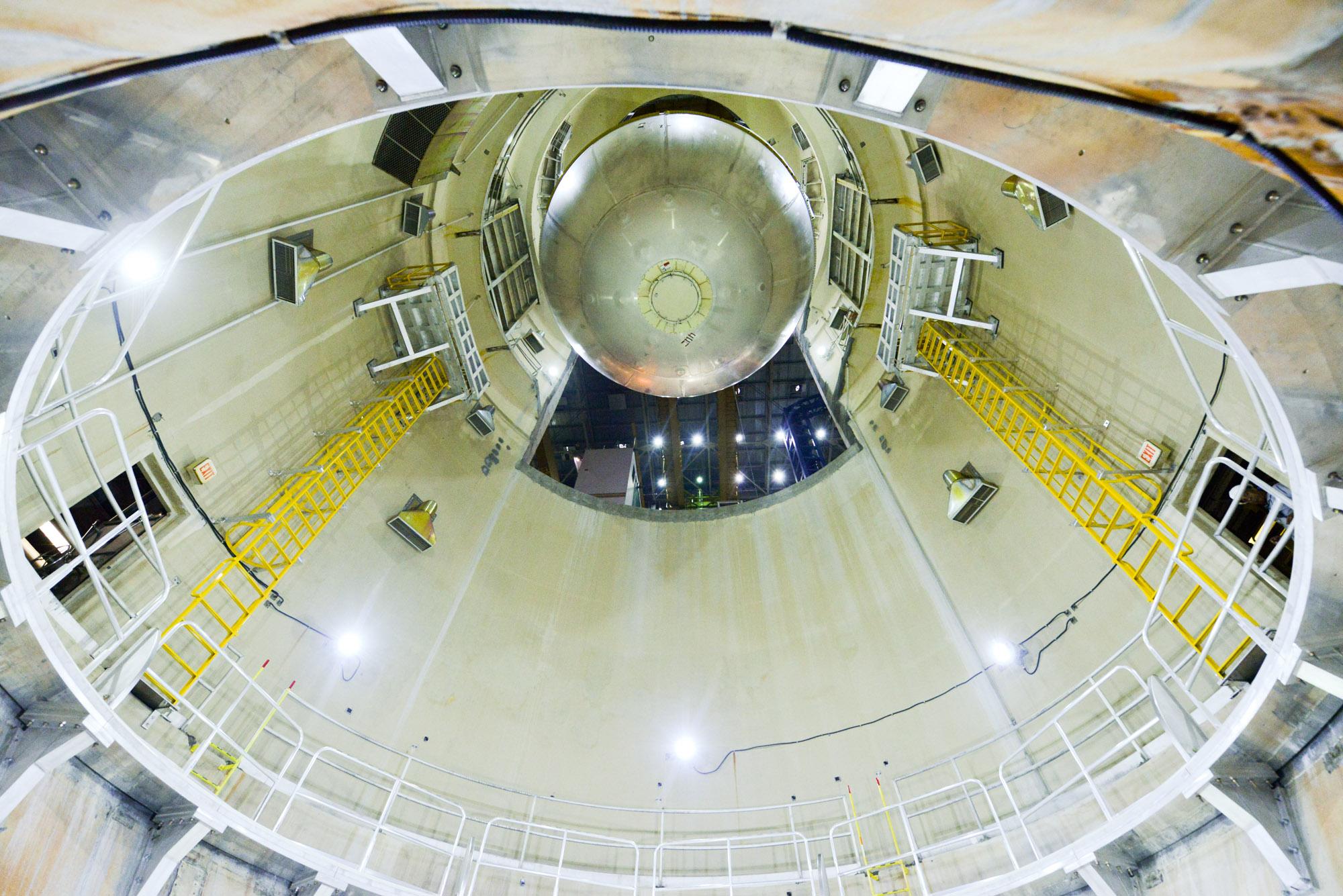 Technicians Prepare To Clean Rocket Fuel Tank Nasa