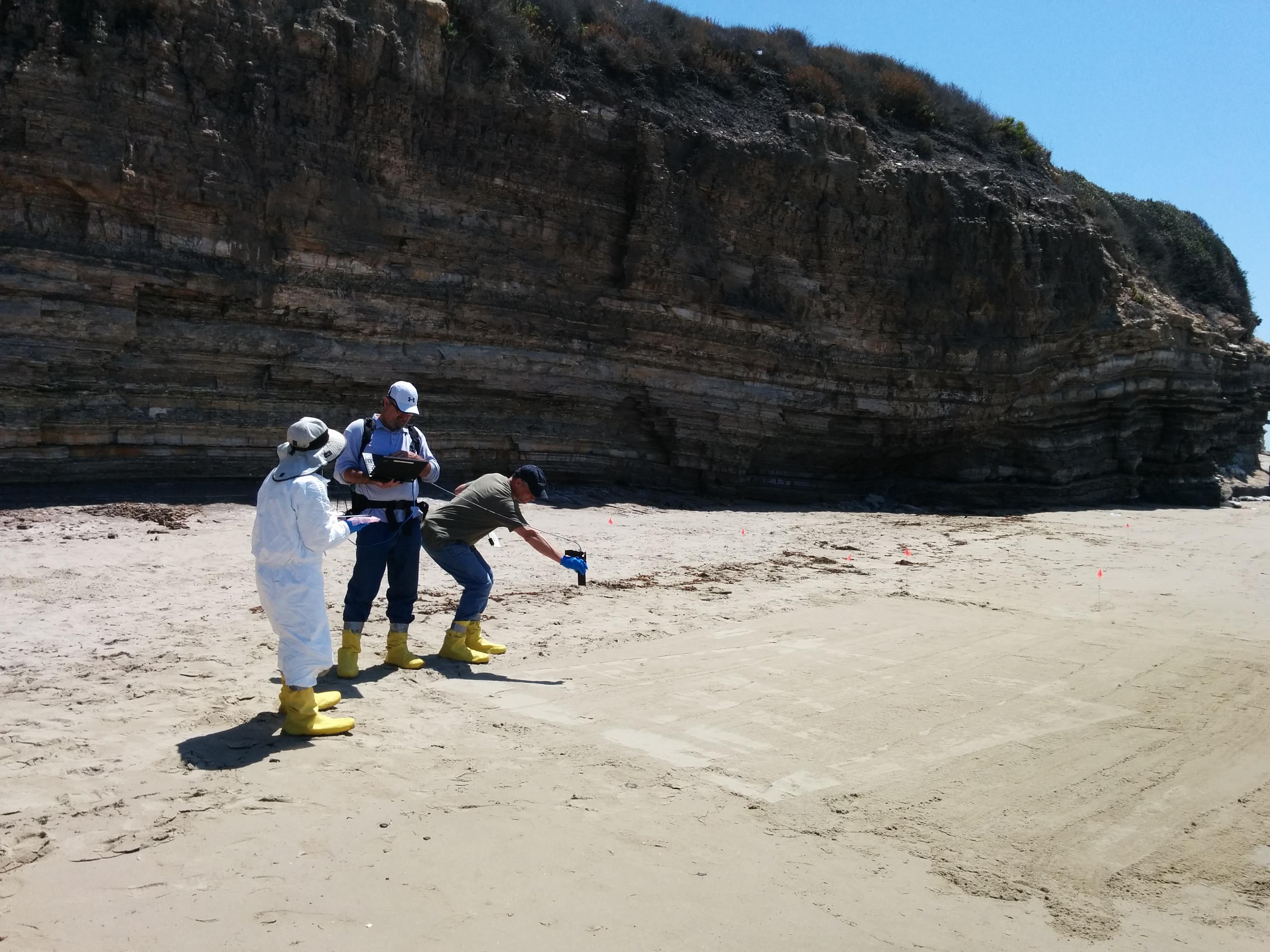 NASA Maps Beach Tar From California Oil Pipeline Spill NASA - Map us pipeline age