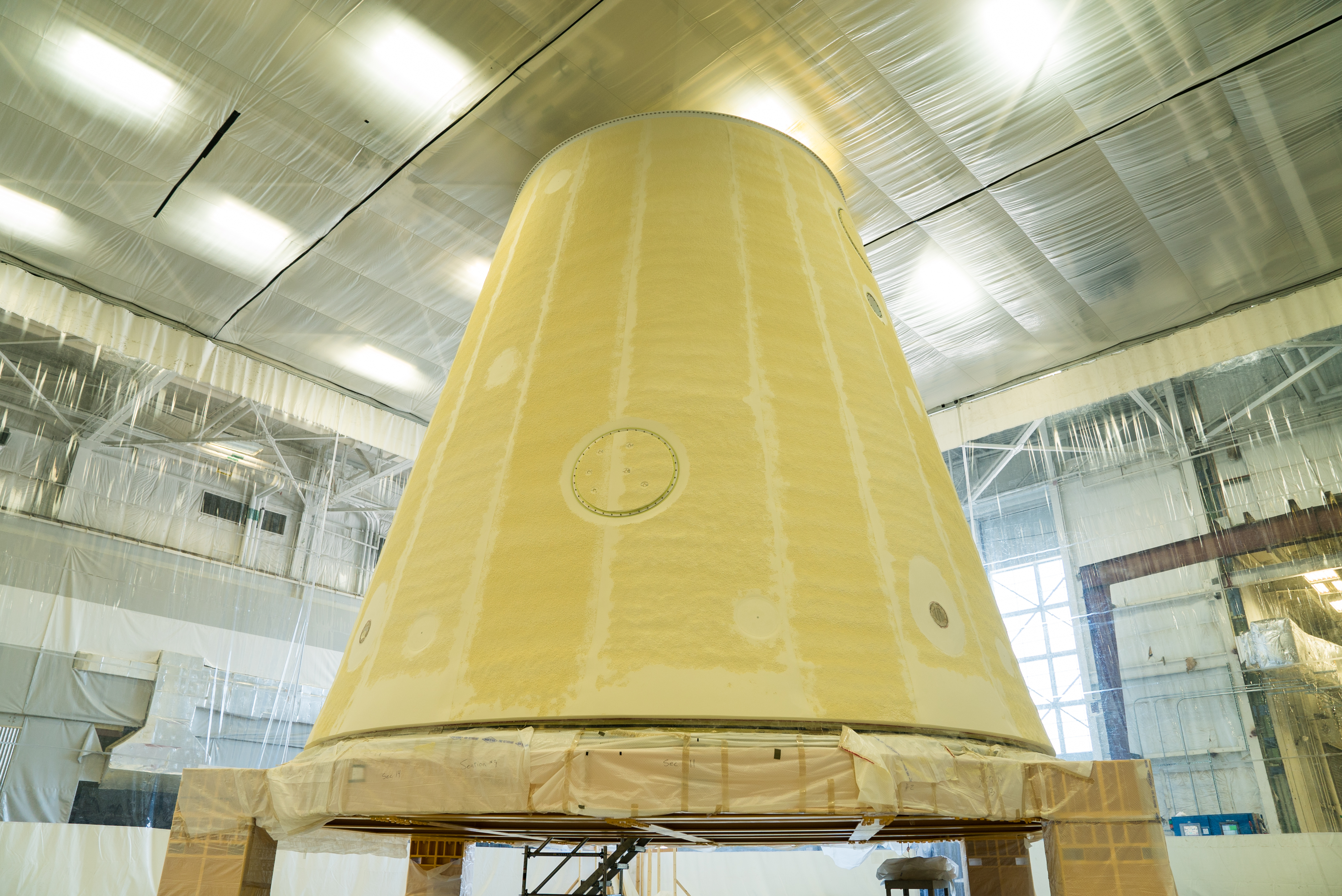 mfsc_050218_sls_lvsa_tps_complete 5 foam and cork insulation protects deep space rocket from fire and