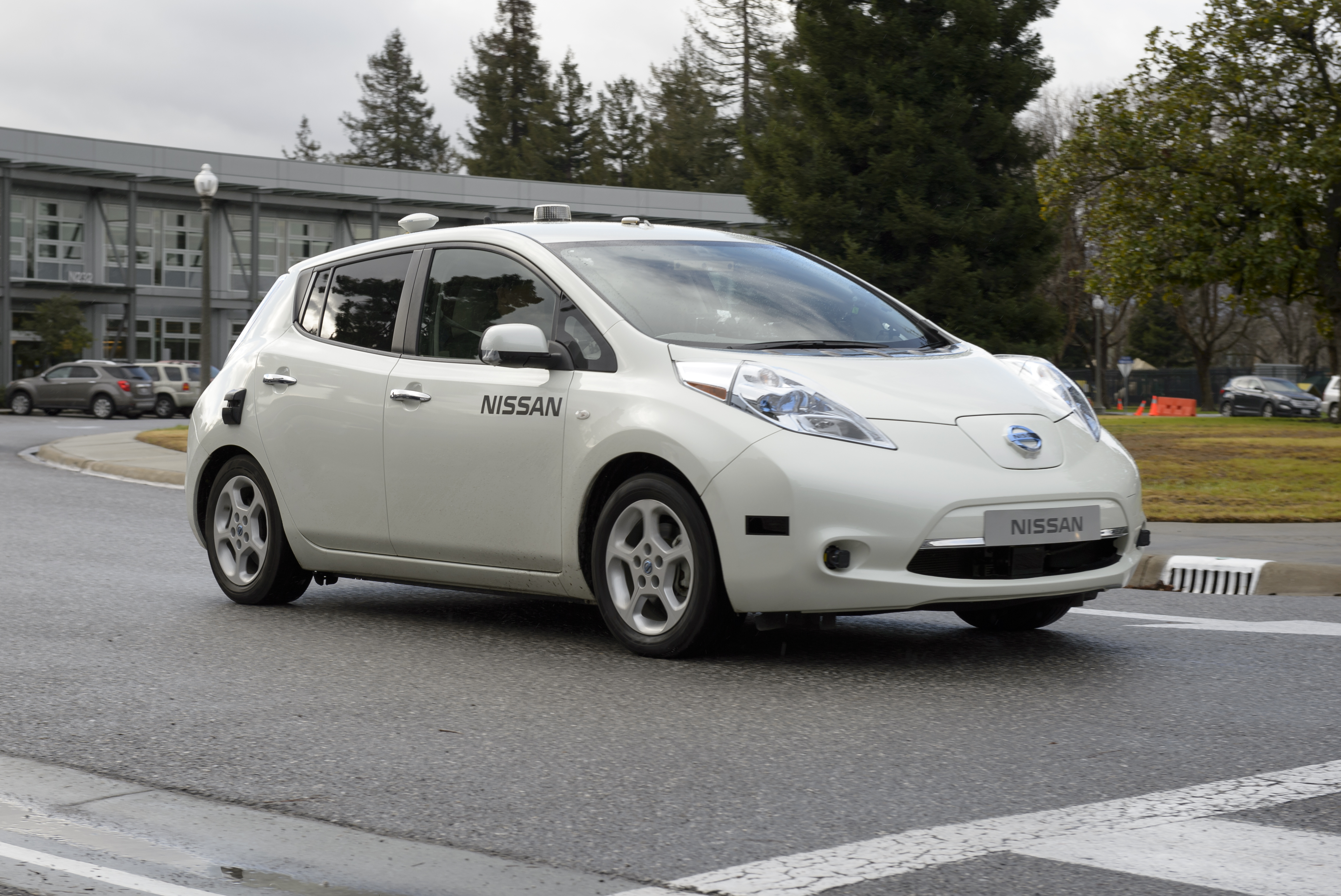 Nissan Test Drives NASA Space Technology for Use in Driverless Cars ...