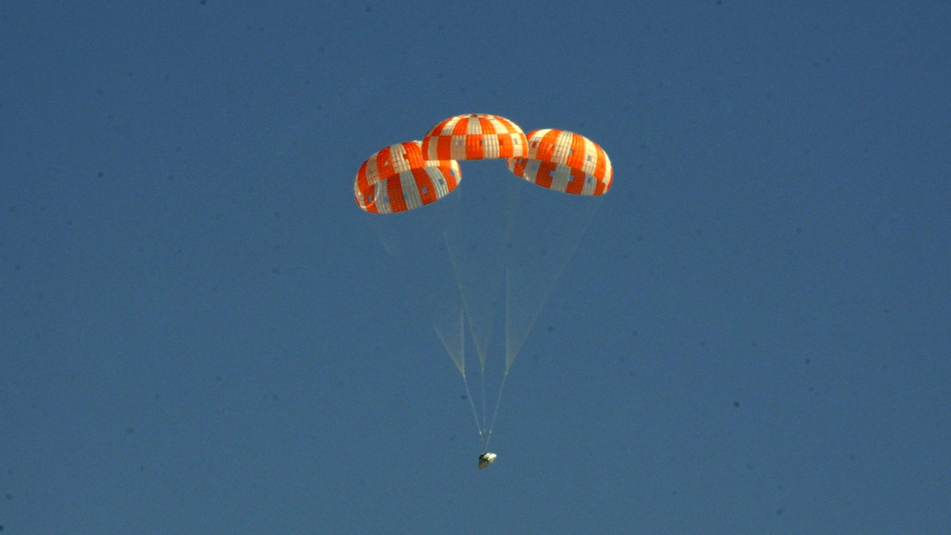 name of nasa parachute - photo #14