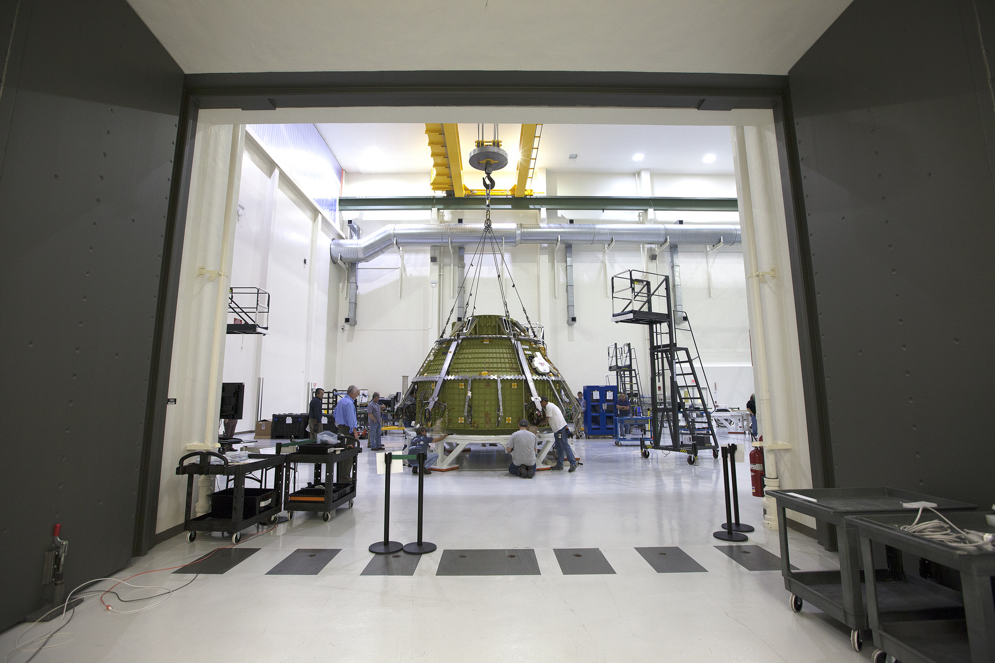 Lockheed Martin Engineers And Technicians Prepare The Orion Pressure Vessel  For A Series Of Tests Inside