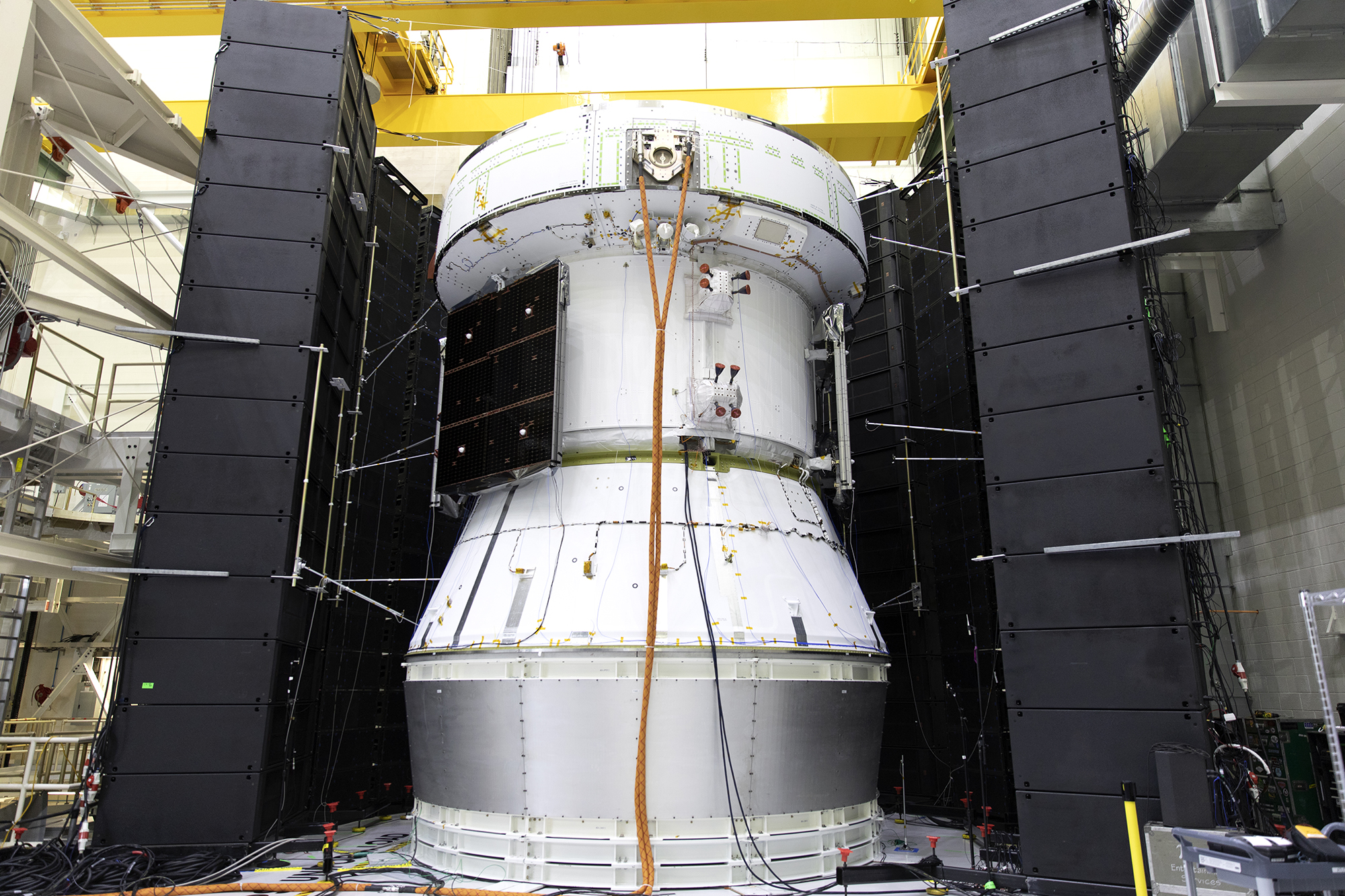 https://www.nasa.gov/sites/default/files/thumbnails/image/orion_service_module_acoustic_test_co.jpg