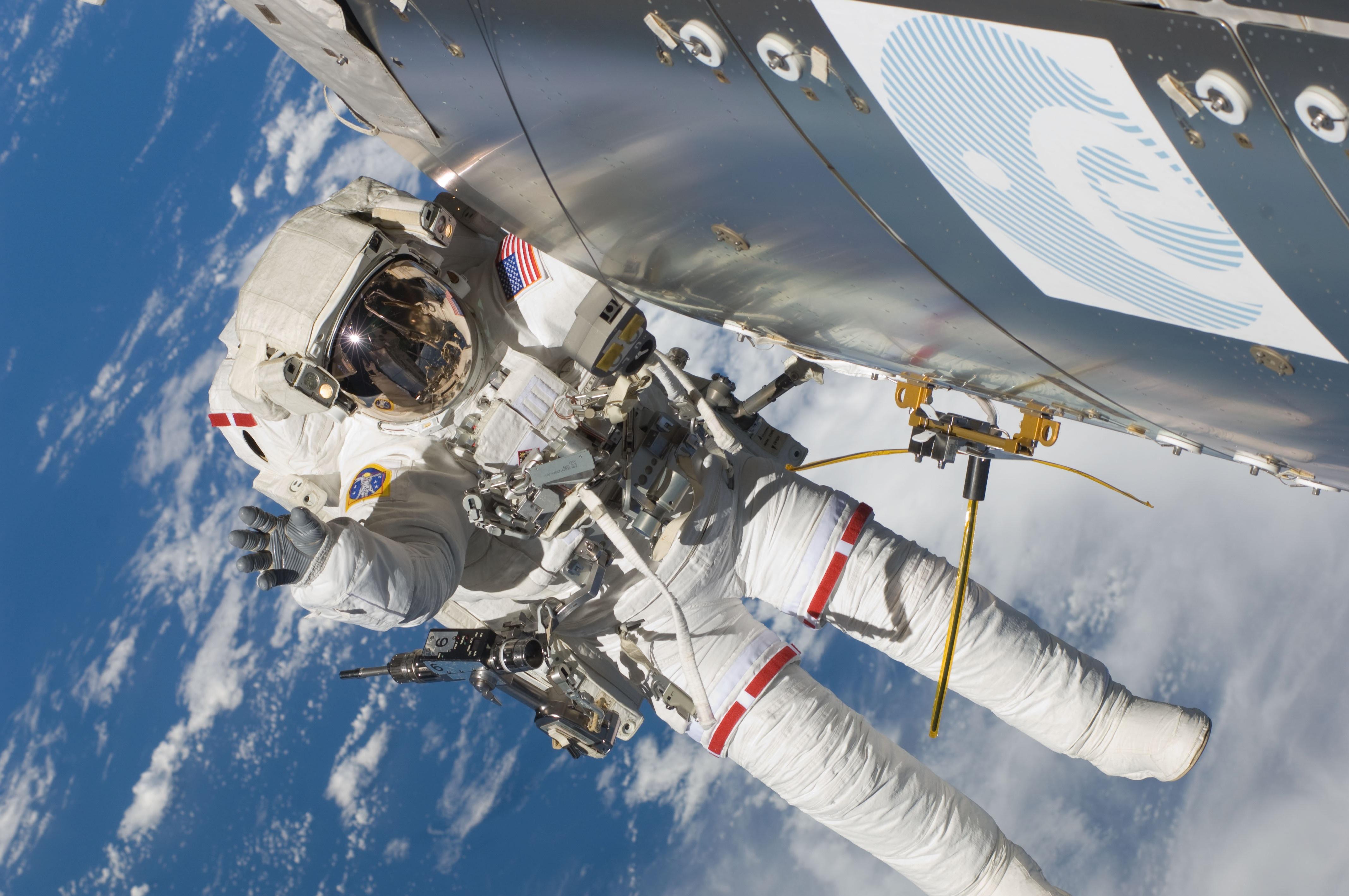 Space Station Keeps Watch on World's Sea Traffic   NASA