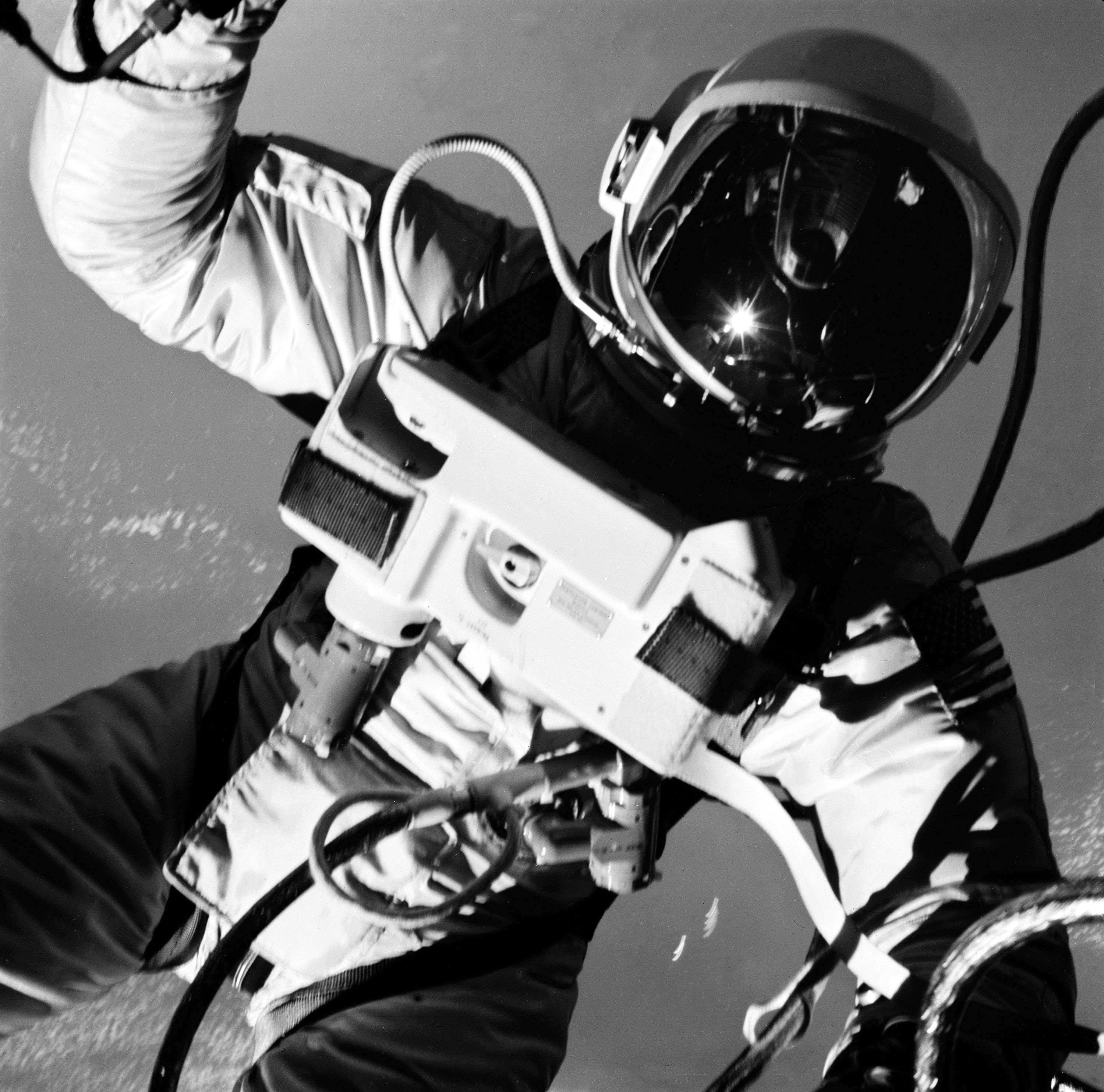 astronauts in space black and white - photo #26