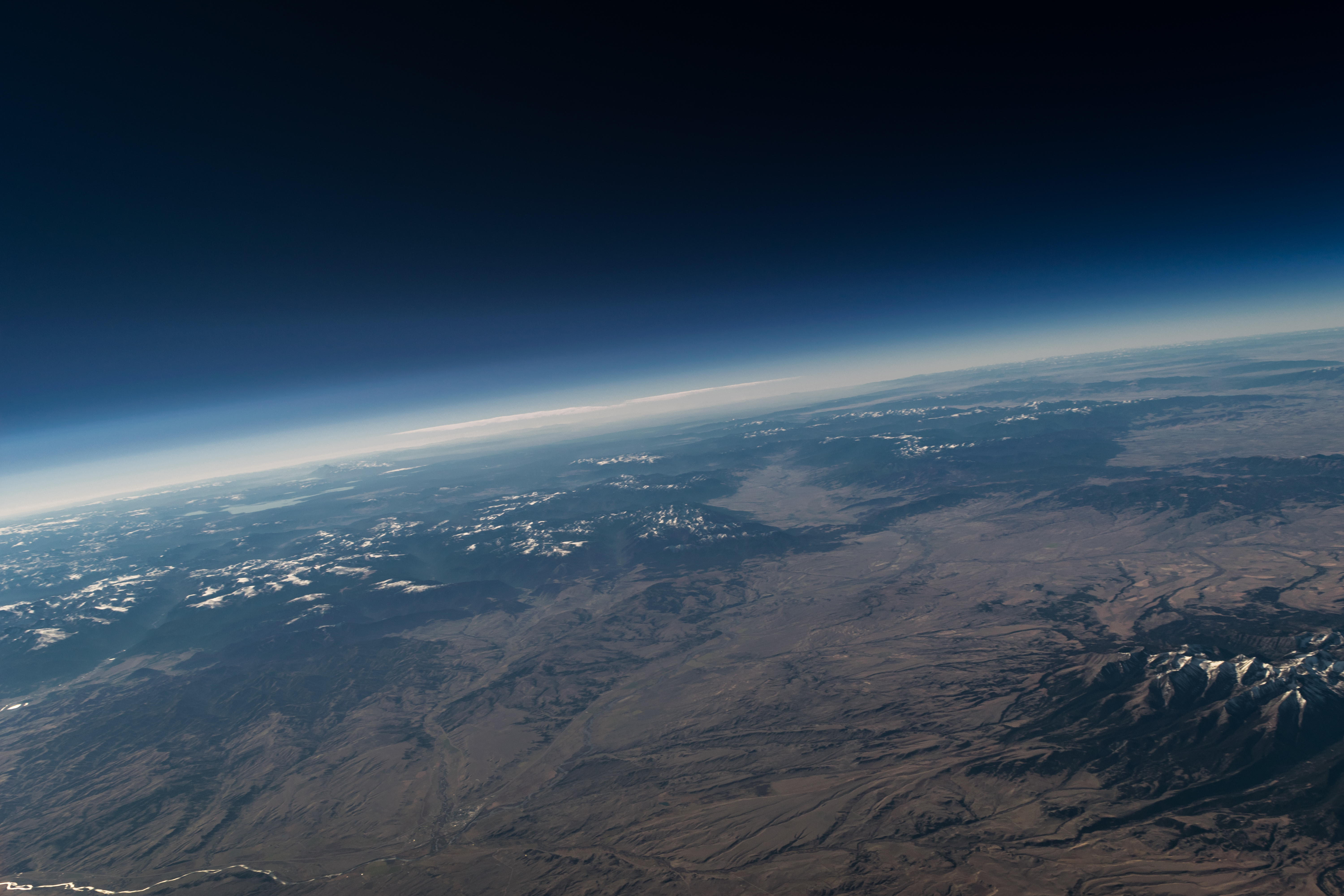 Eclipse balloons to study effect of mars like environment on life