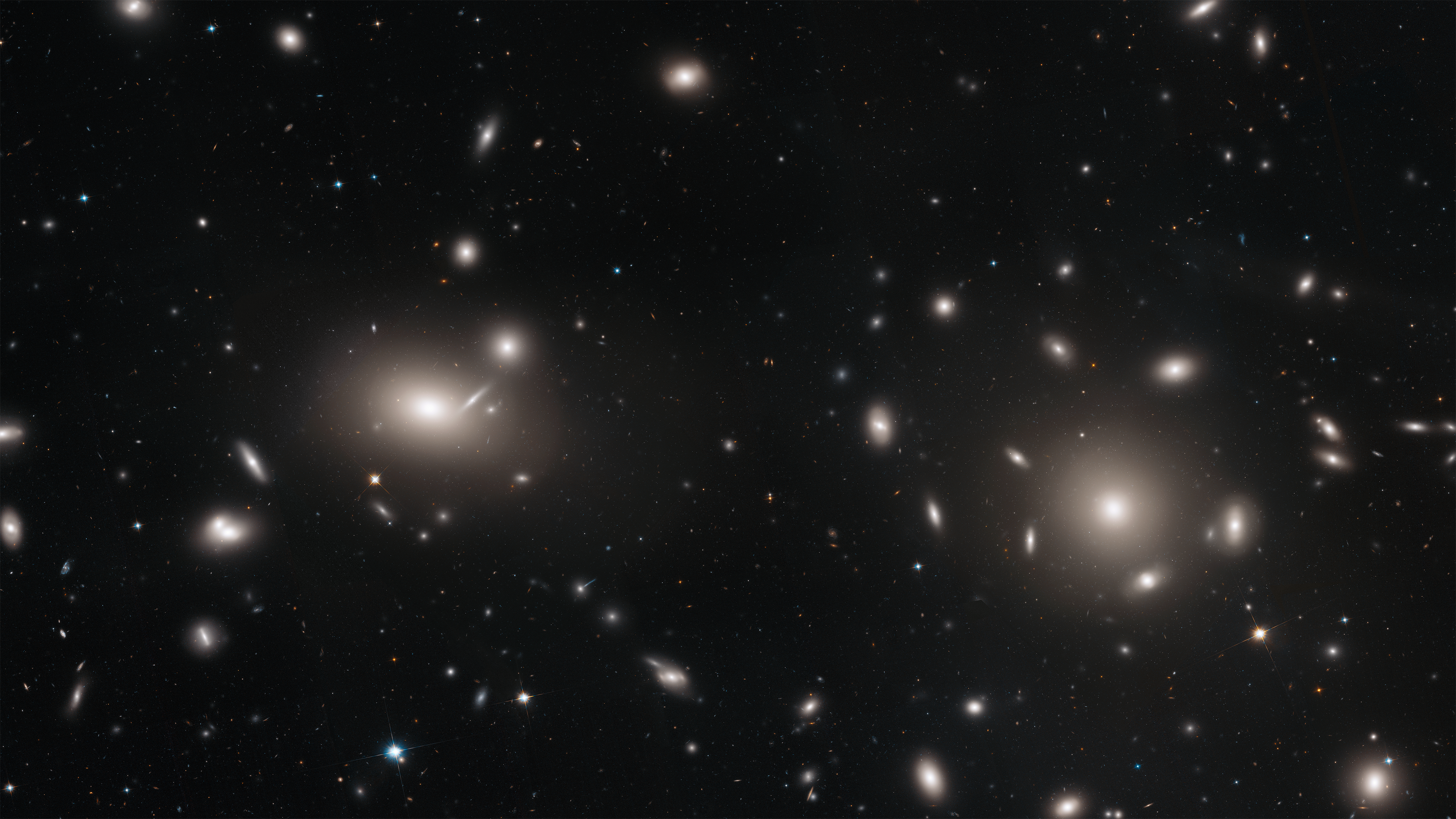 Hubble Explores the Coma Cluster's More Than 1,000 Galaxies