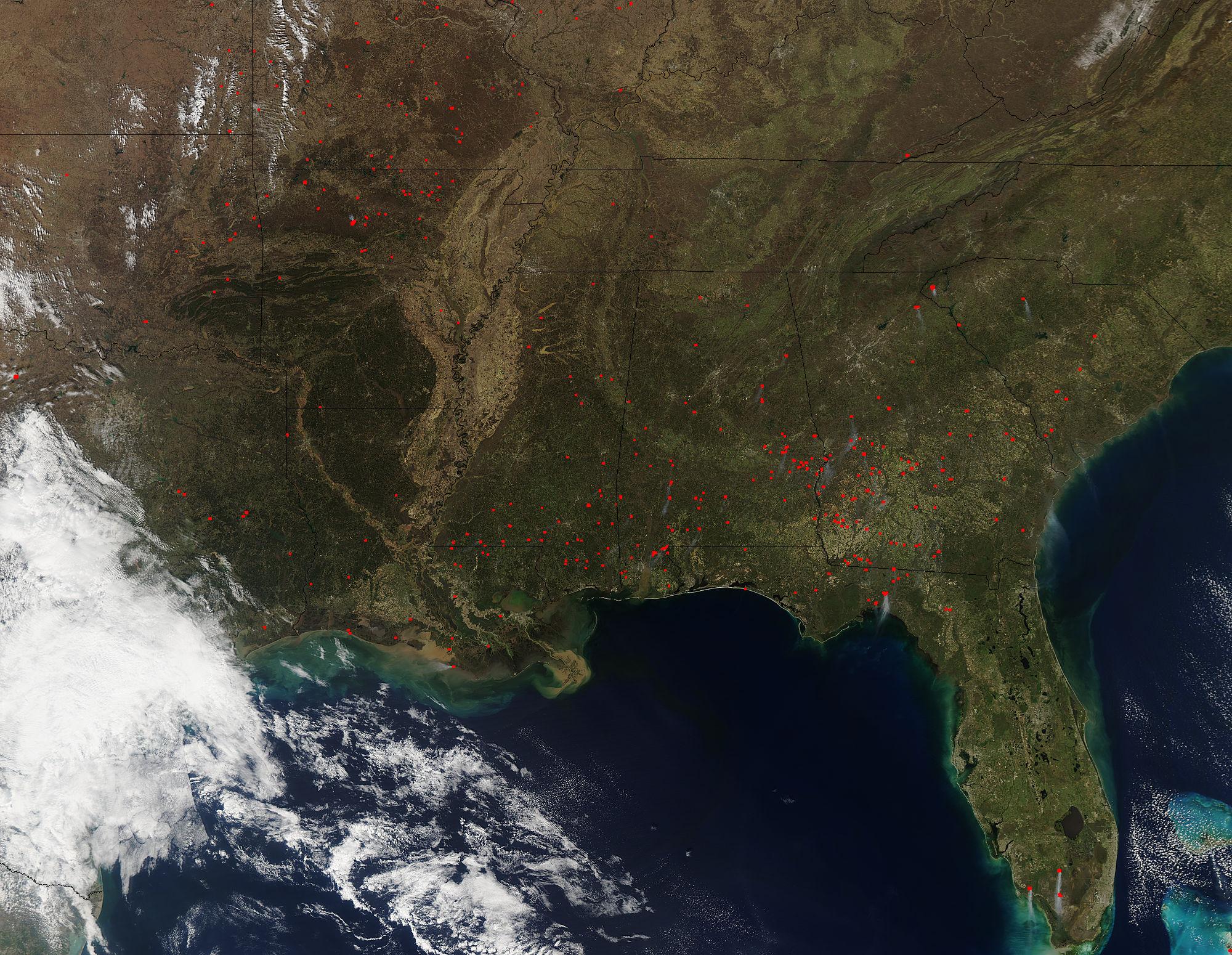 nasa satellite sees fires in southeastern u s