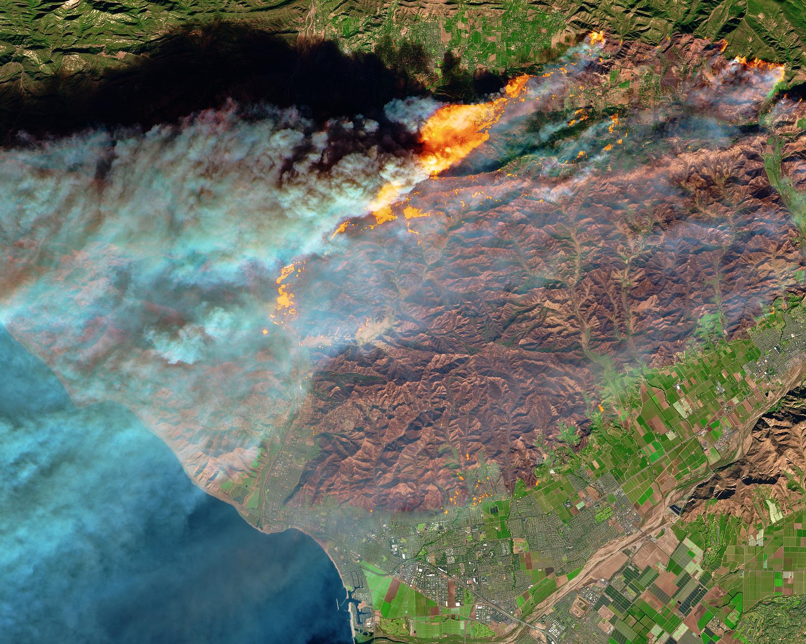 Ventura Fire Satellite >> Fire in Ventura County, California | NASA
