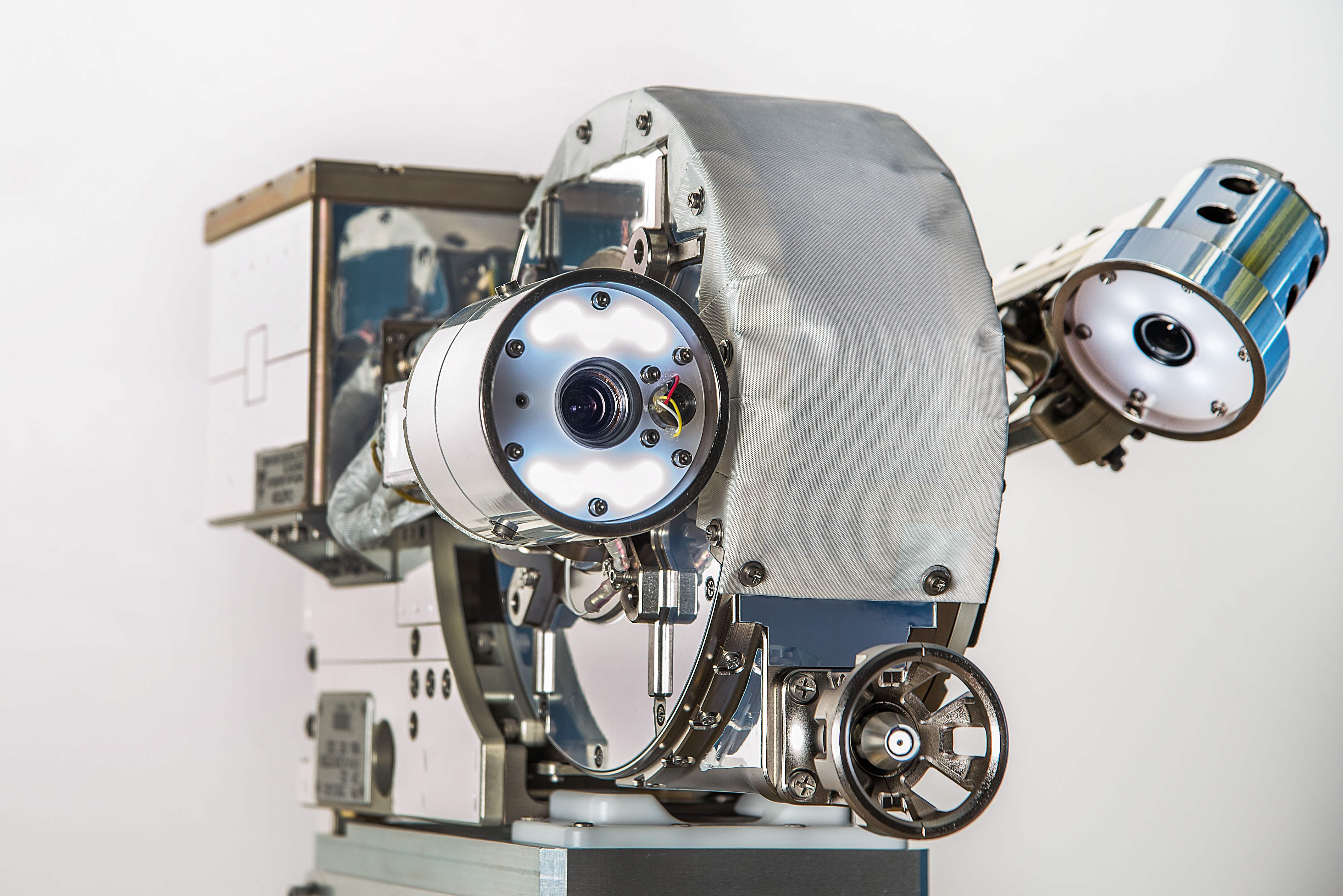 satellite tool and machine
