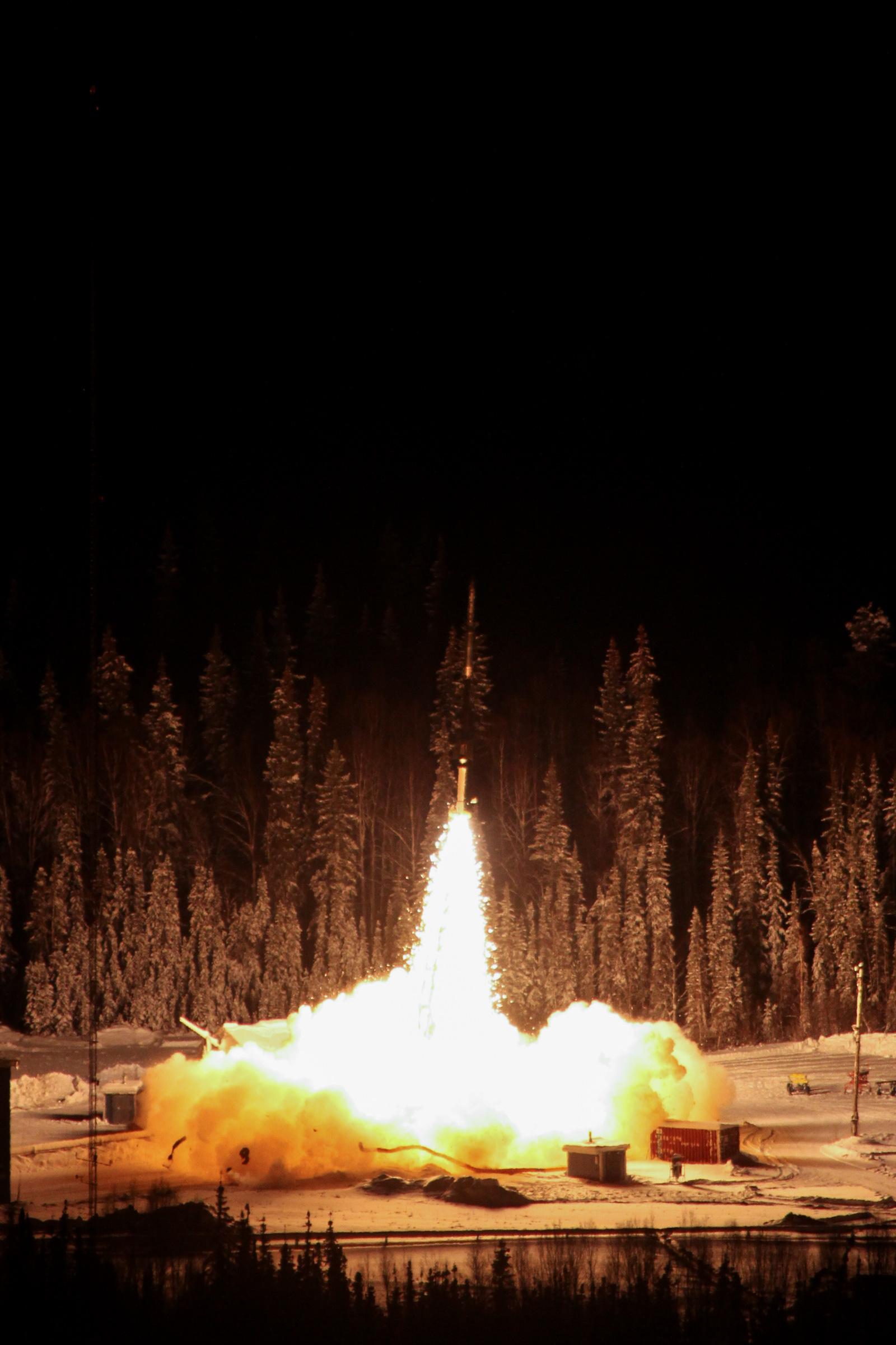 NASA Sounding Rocket Successfully Launches into Alaskan ...