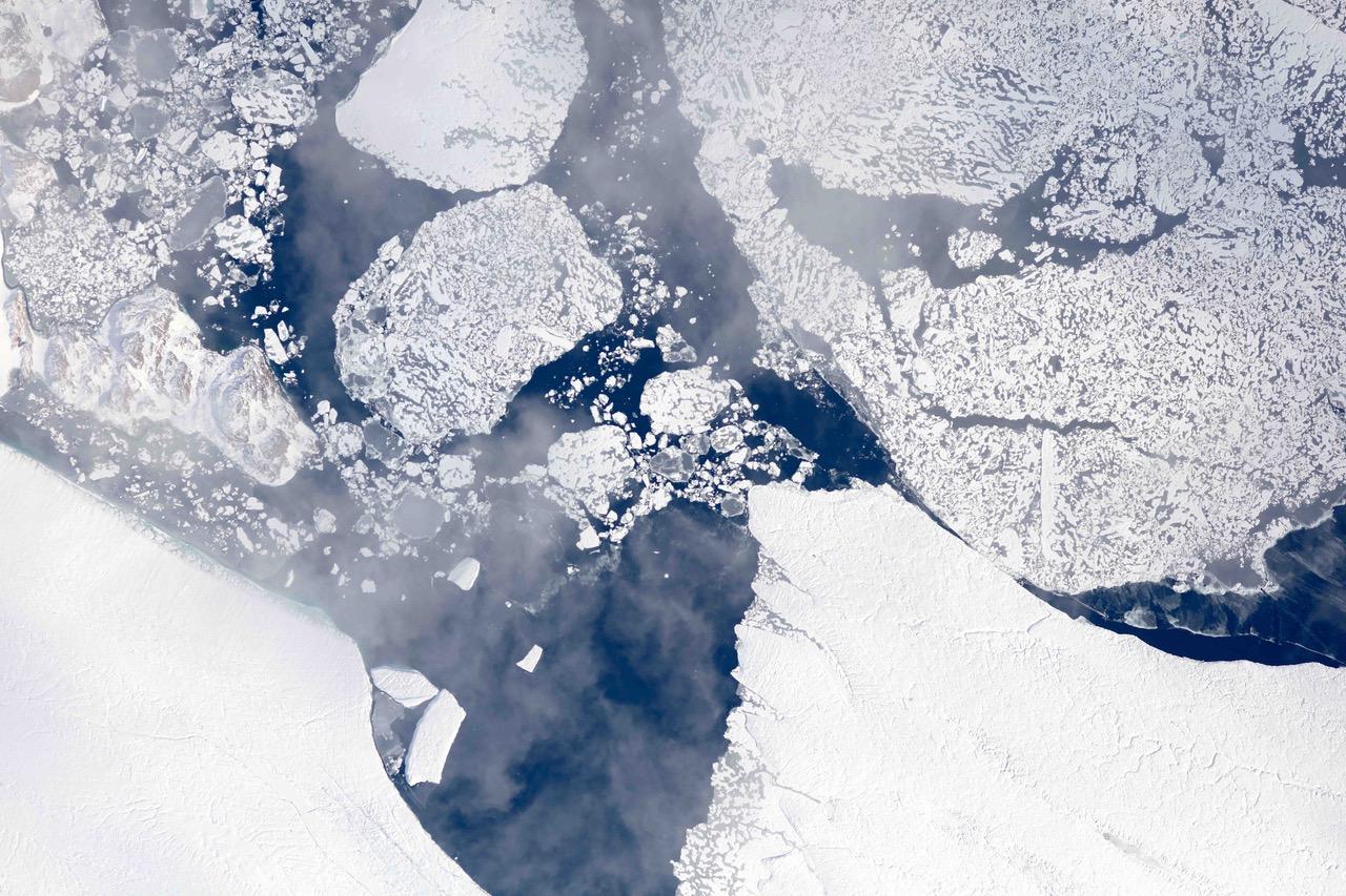 Aera Is There Summer Melt For Social >> Nasa Flights Map Summer Melt Of Greenland Land Ice Nasa